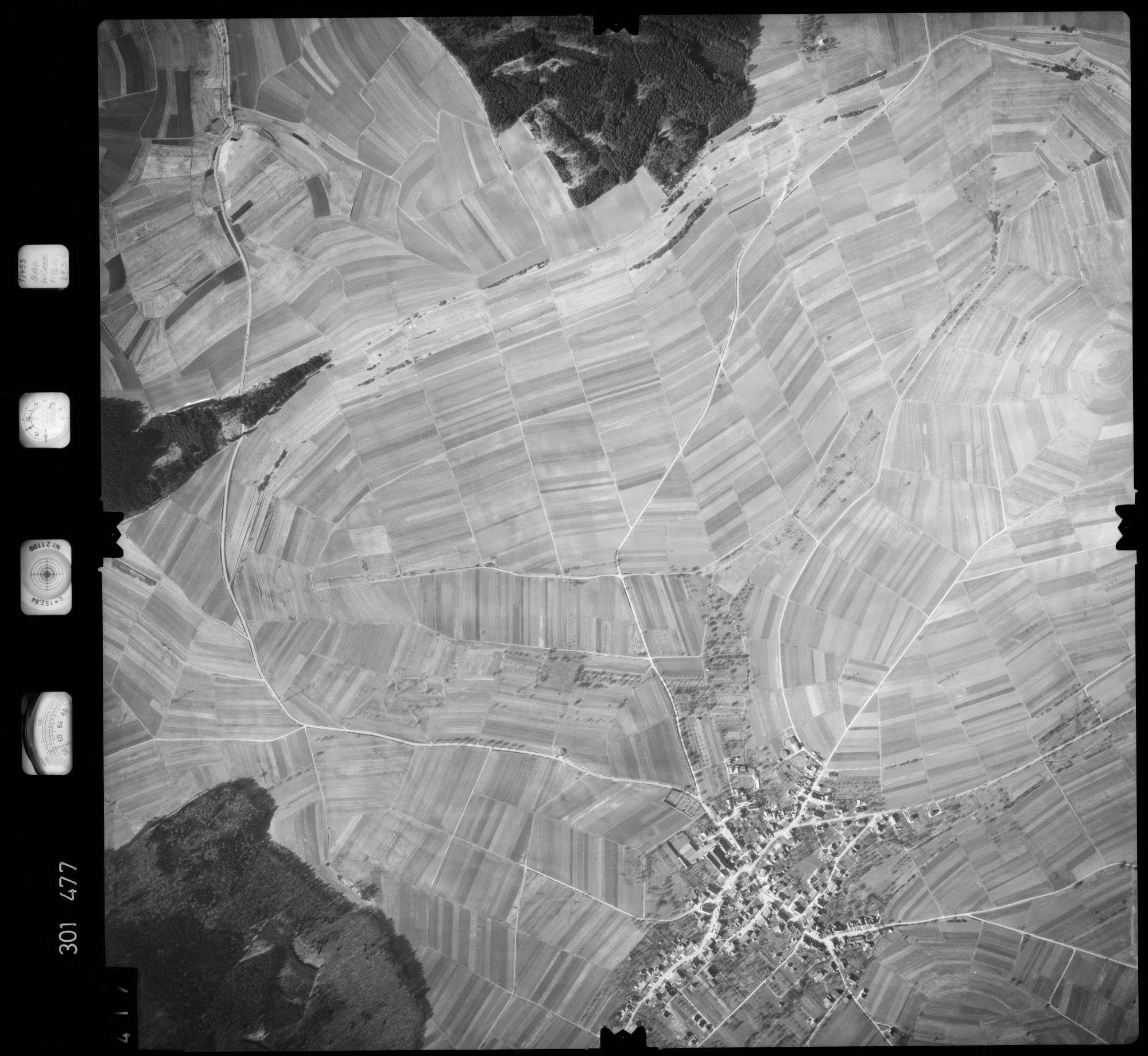 Luftbild: Film 64 Bildnr. 417, Bild 1