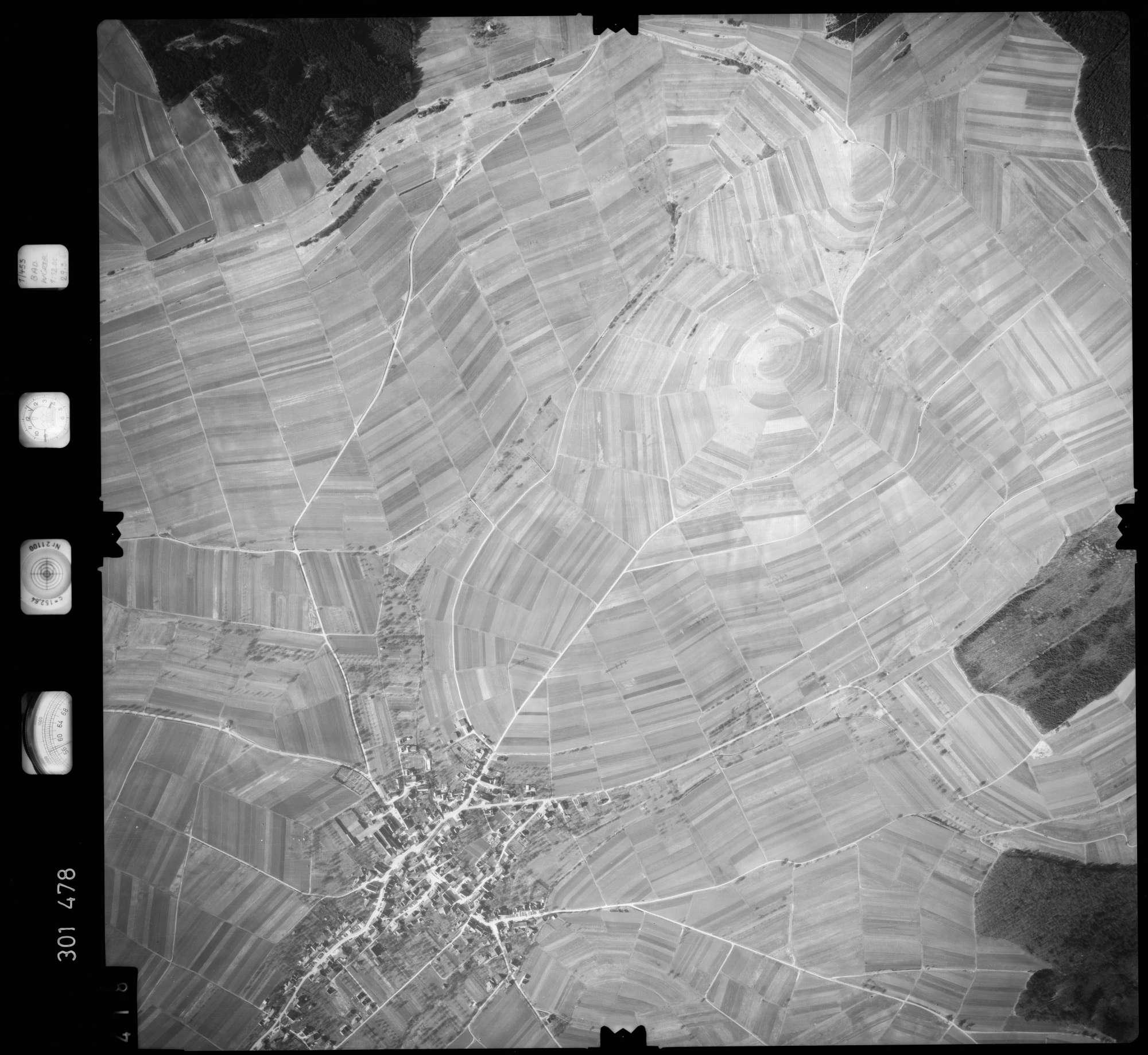 Luftbild: Film 64 Bildnr. 418, Bild 1