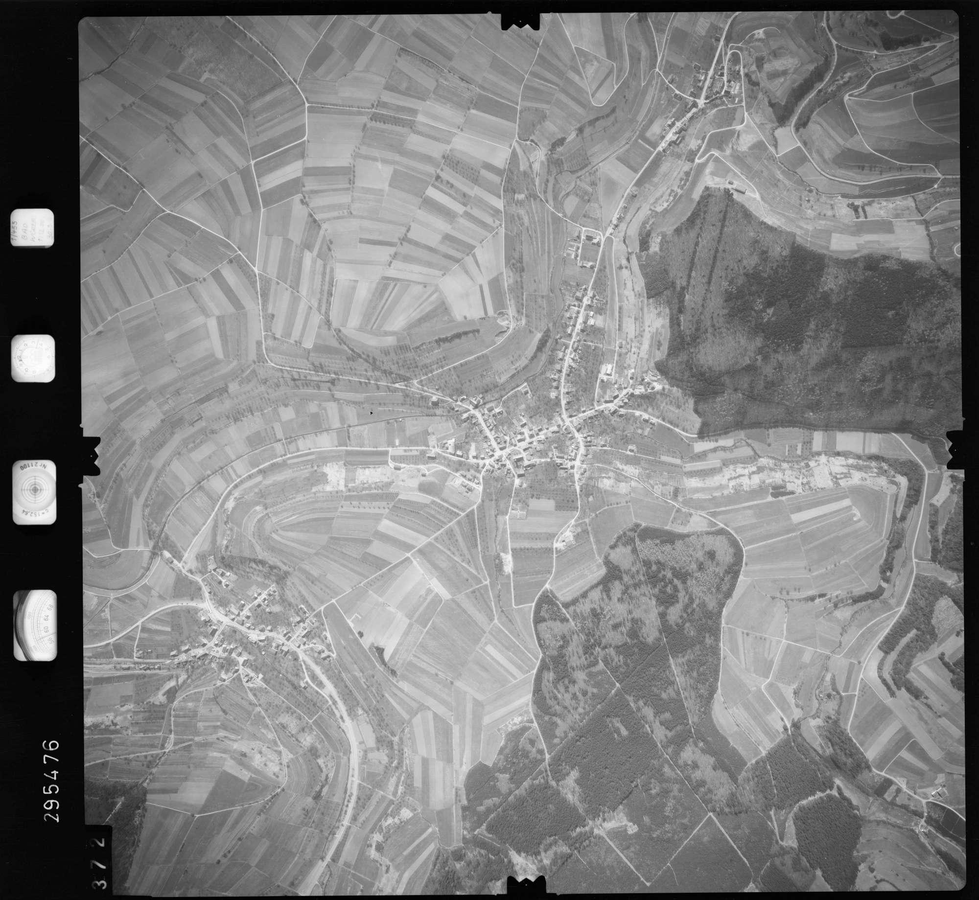 Luftbild: Film 69 Bildnr. 372, Bild 1