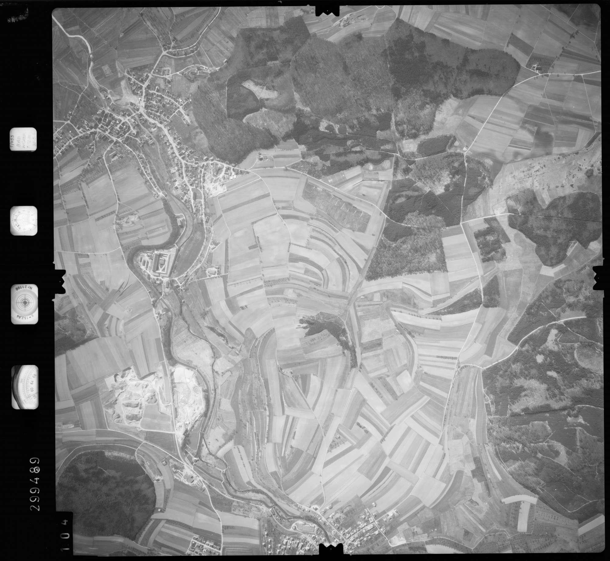 Luftbild: Film 66 Bildnr. 104, Bild 1