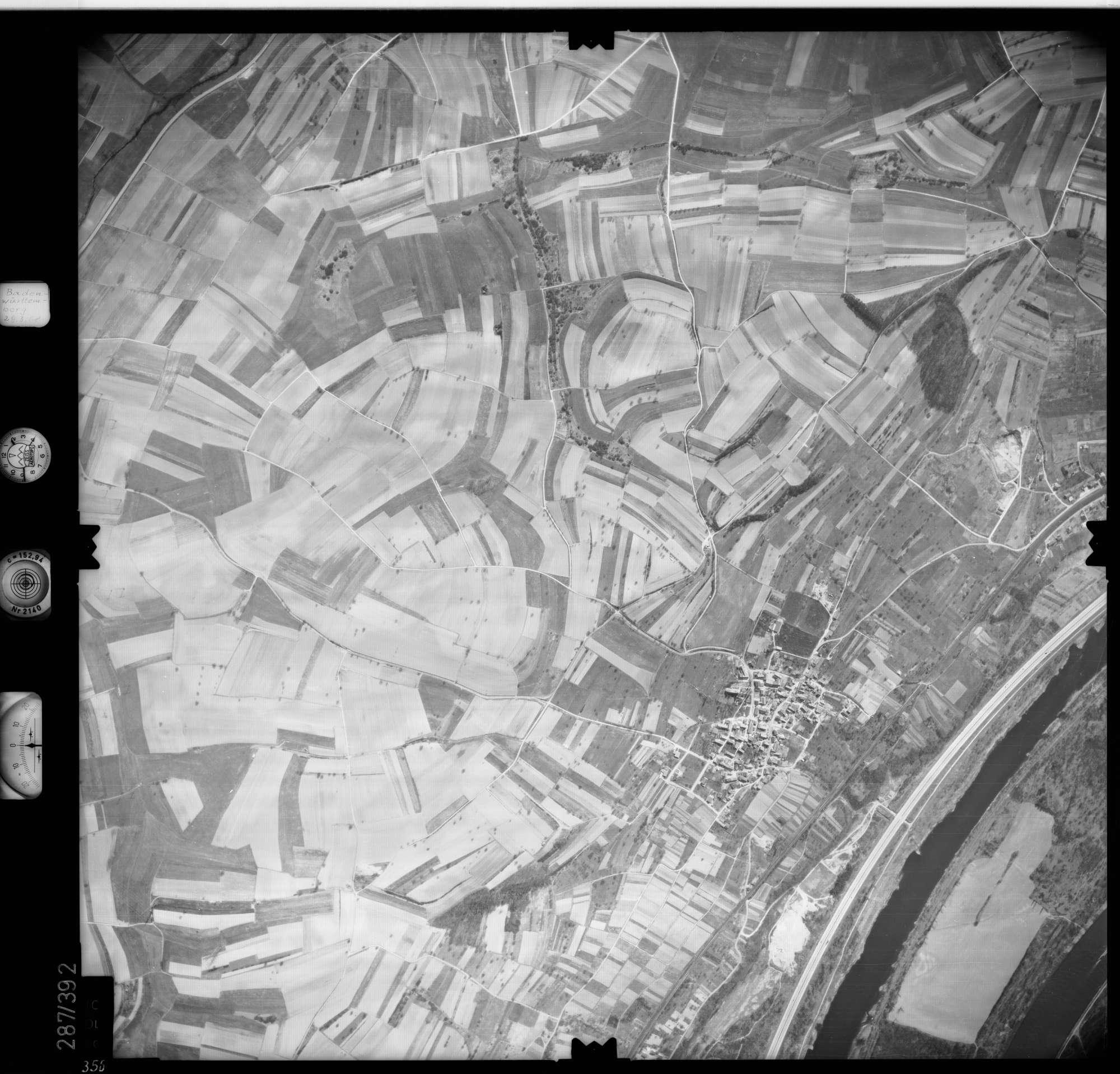 Luftbild: Film 71 Bildnr. 356, Bild 1