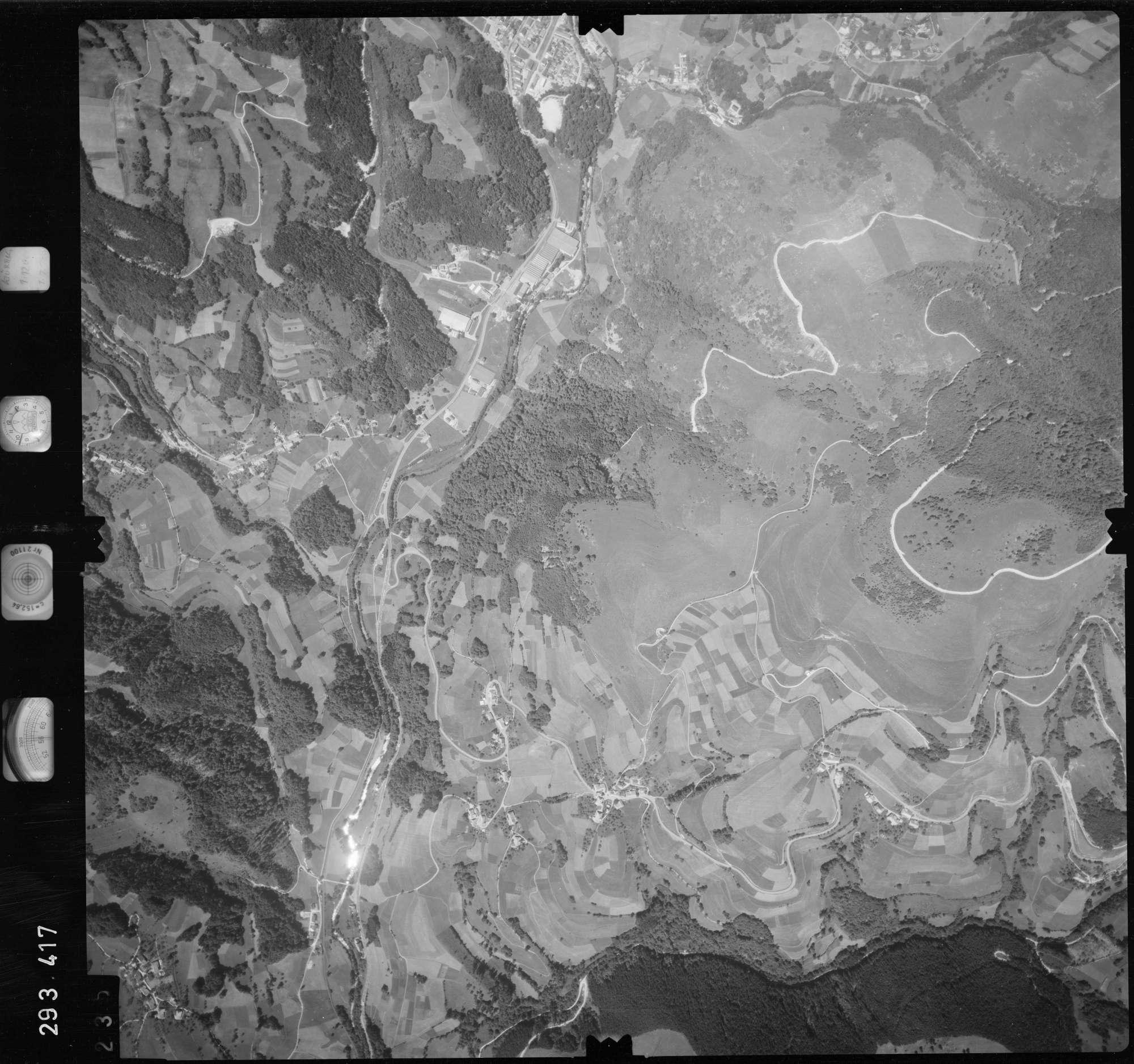 Luftbild: Film 68 Bildnr. 235, Bild 1