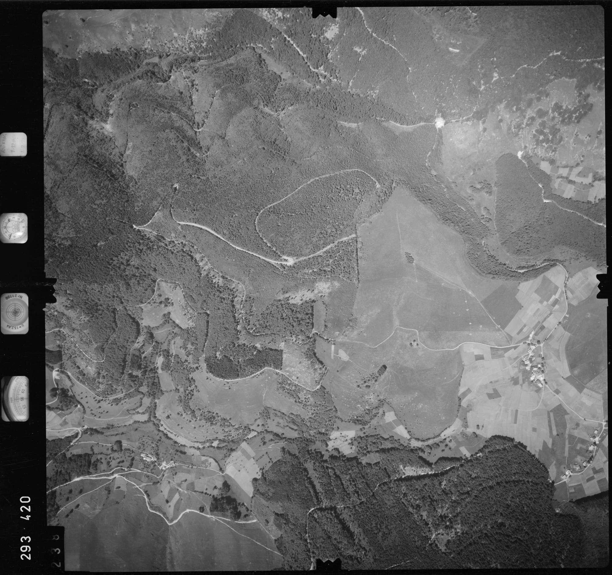 Luftbild: Film 68 Bildnr. 238, Bild 1