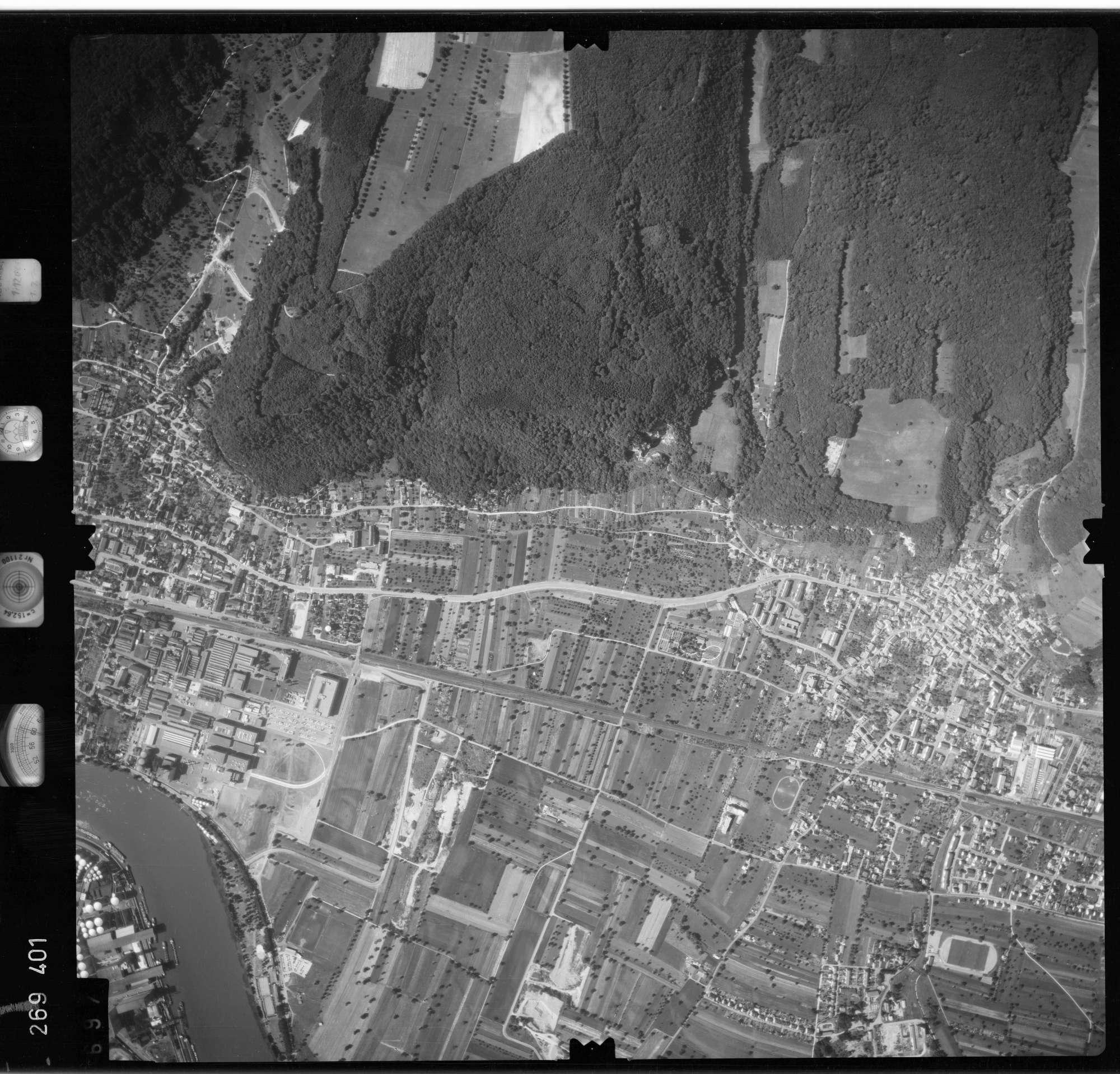 Luftbild: Film 77 Bildnr. 697, Bild 1