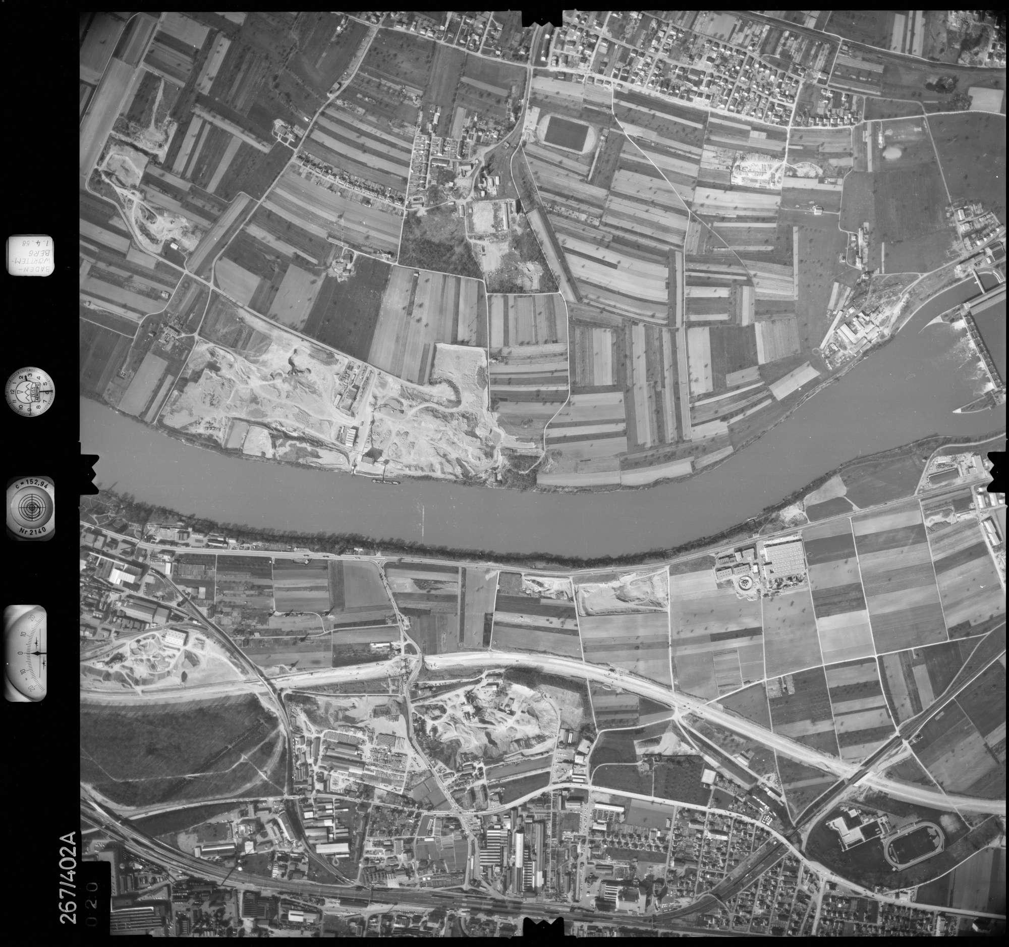 Luftbild: Film 83 Bildnr. 20, Bild 1