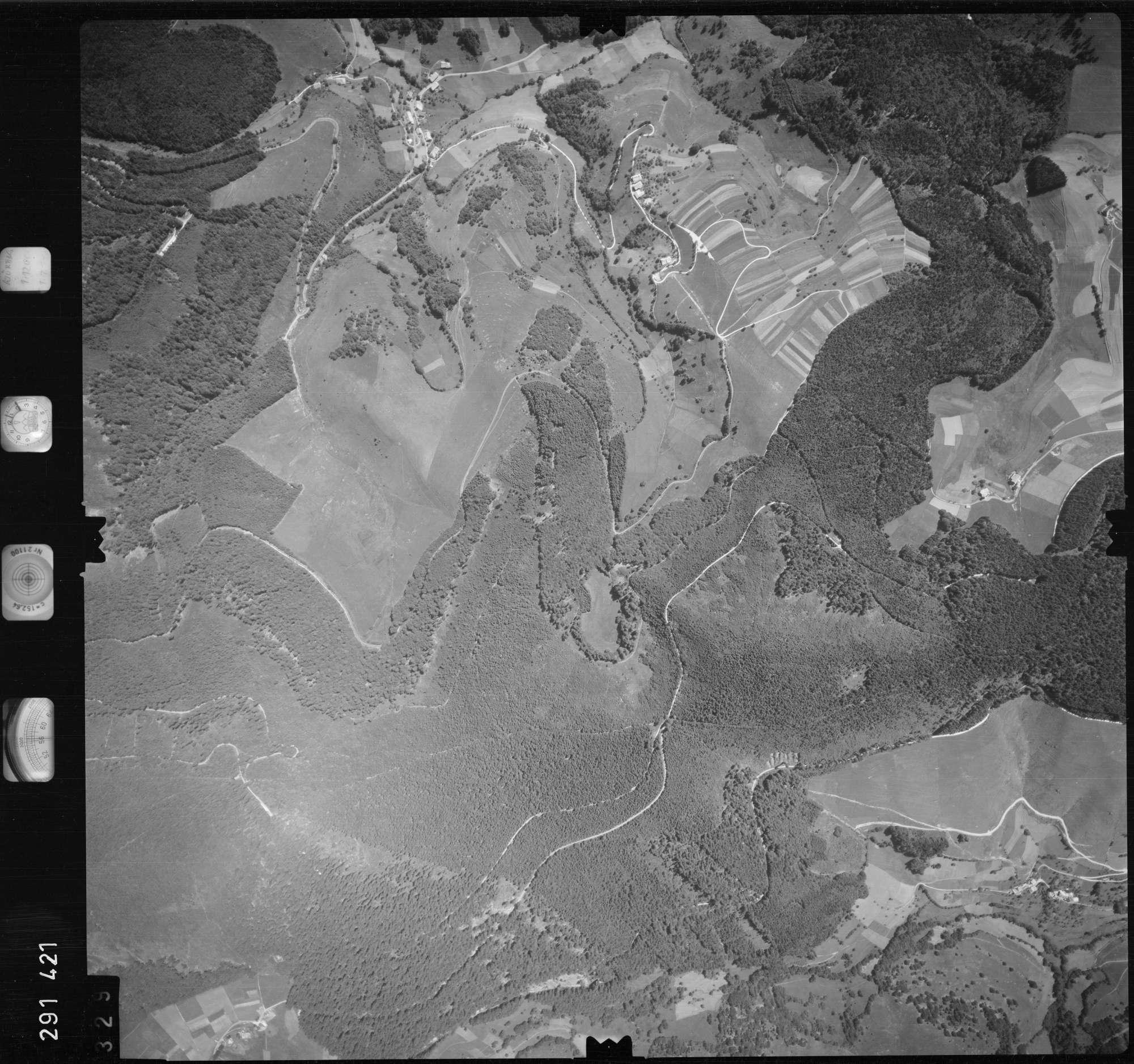 Luftbild: Film 68 Bildnr. 329, Bild 1