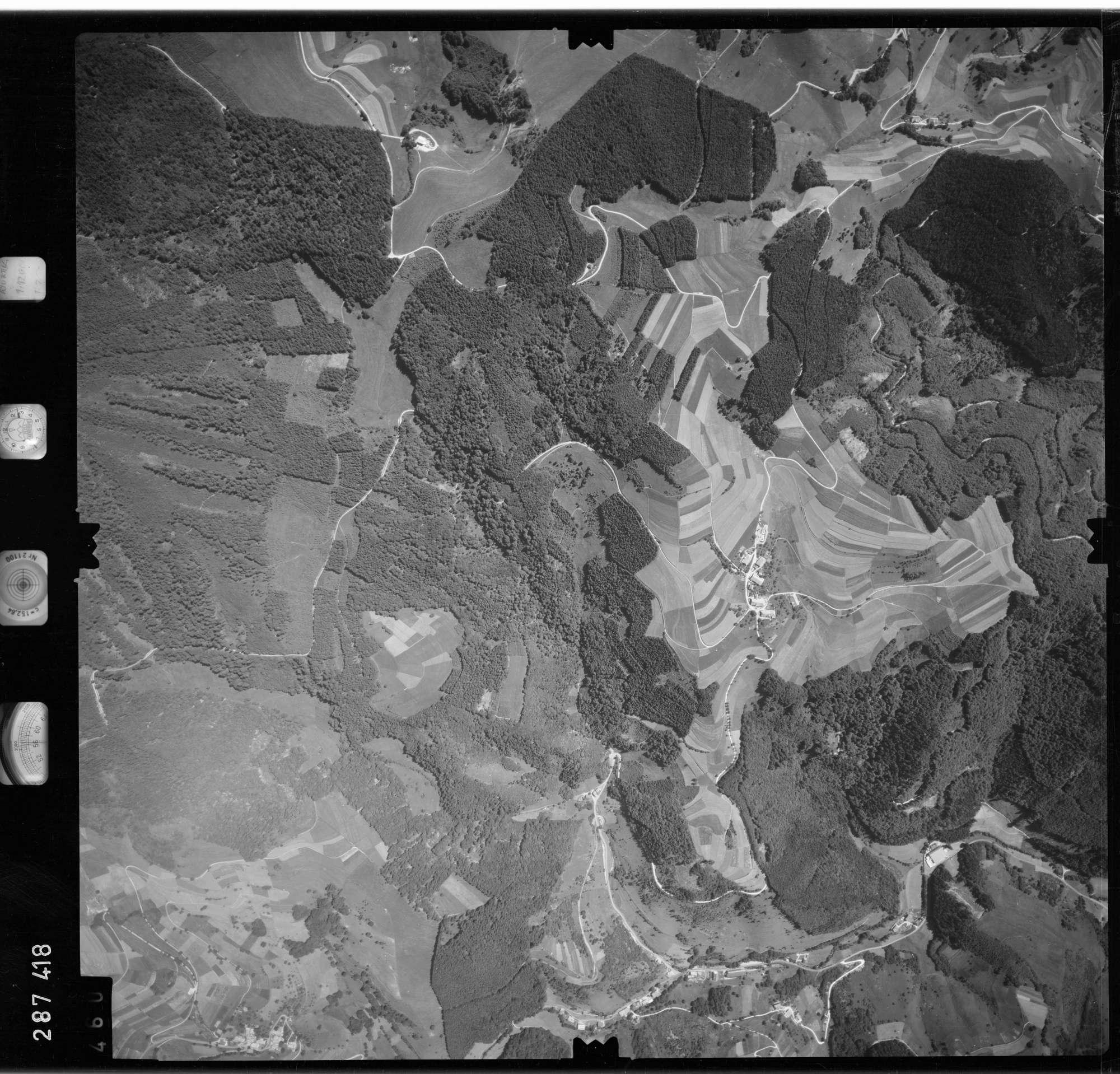 Luftbild: Film 72 Bildnr. 460, Bild 1