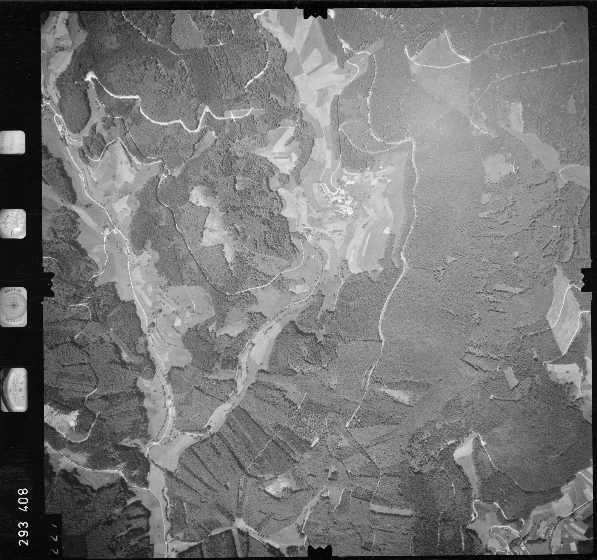 Luftbild: Film 68 Bildnr. 227, Bild 1