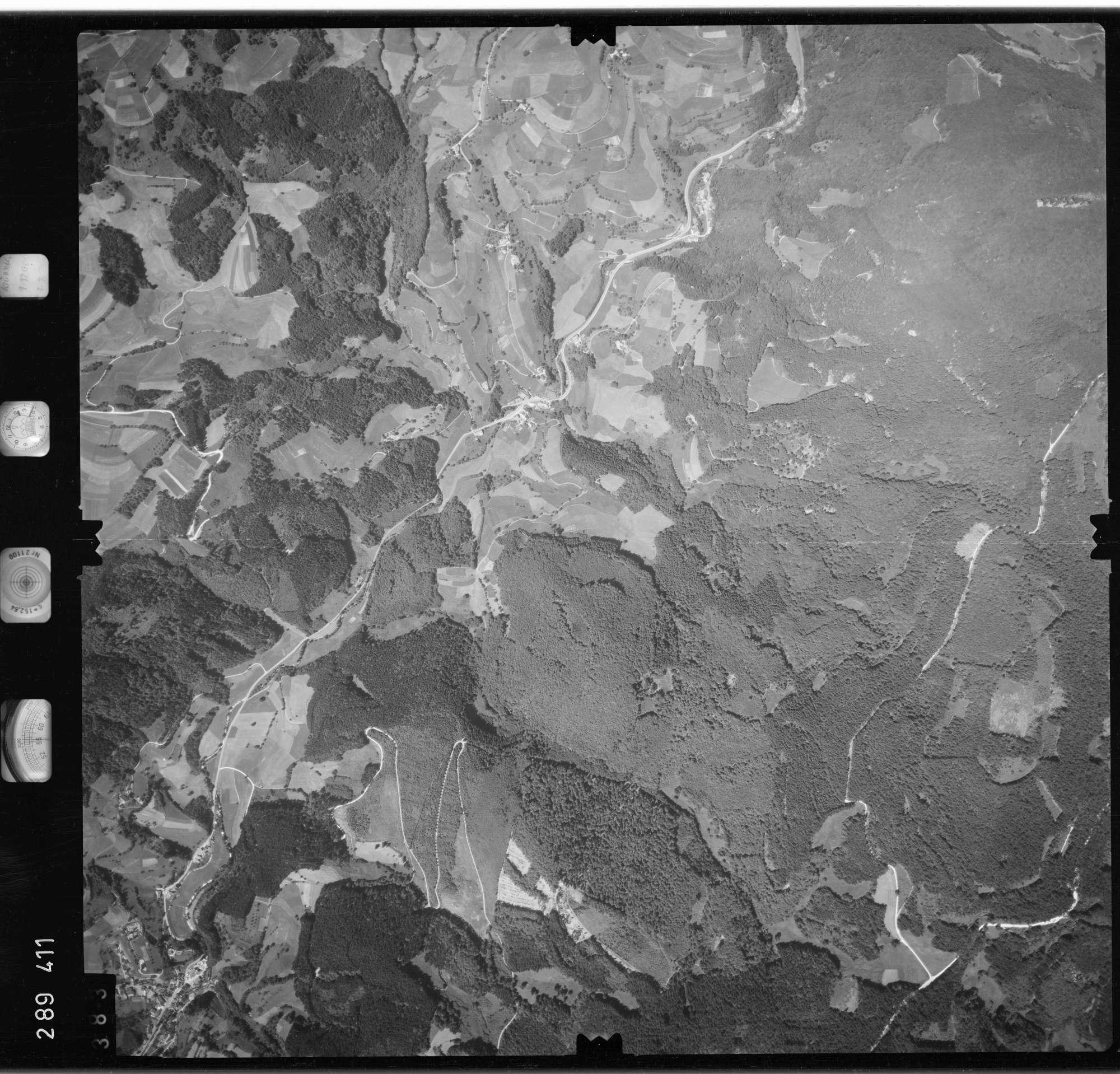 Luftbild: Film 72 Bildnr. 383, Bild 1