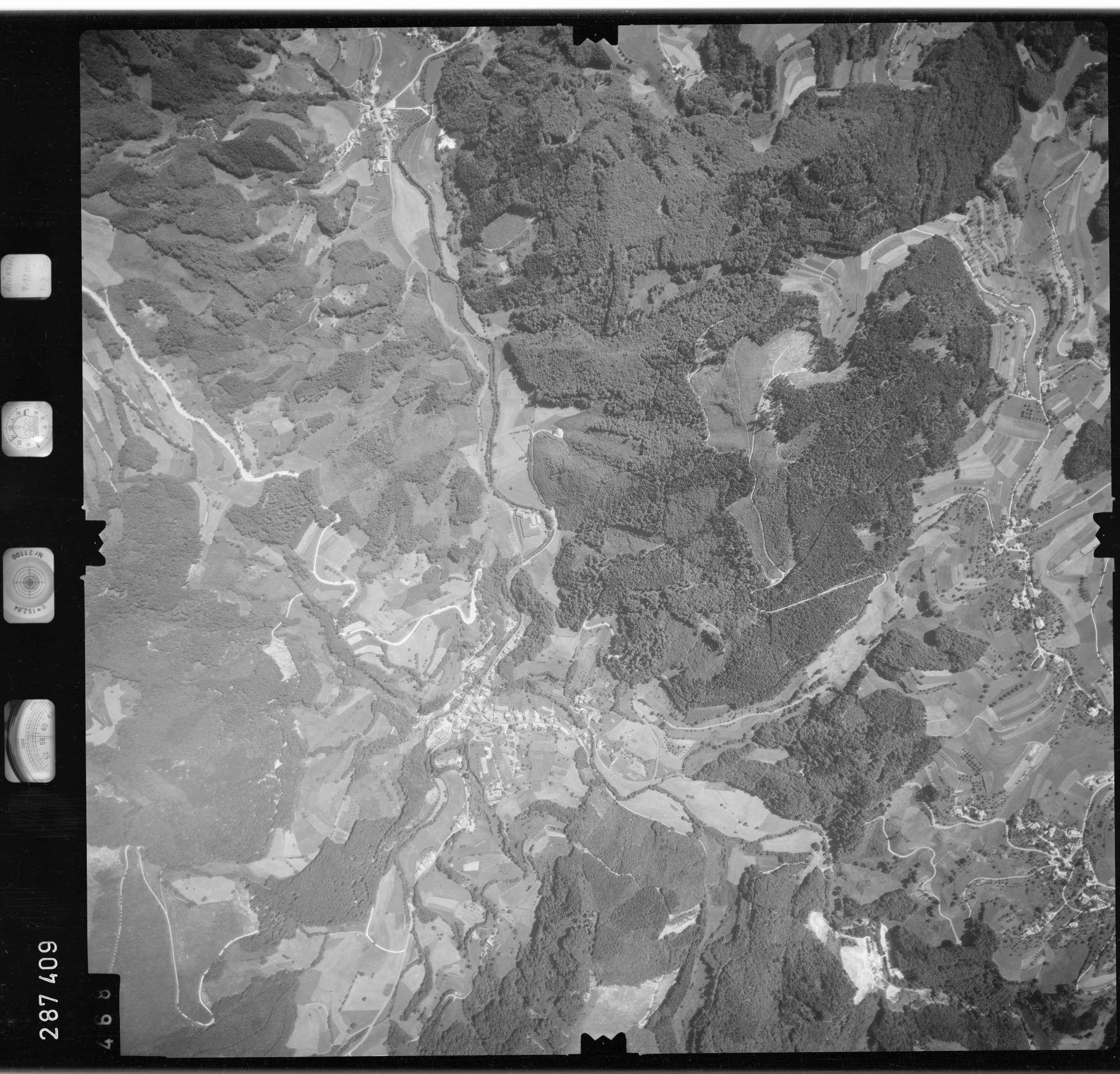 Luftbild: Film 72 Bildnr. 468, Bild 1