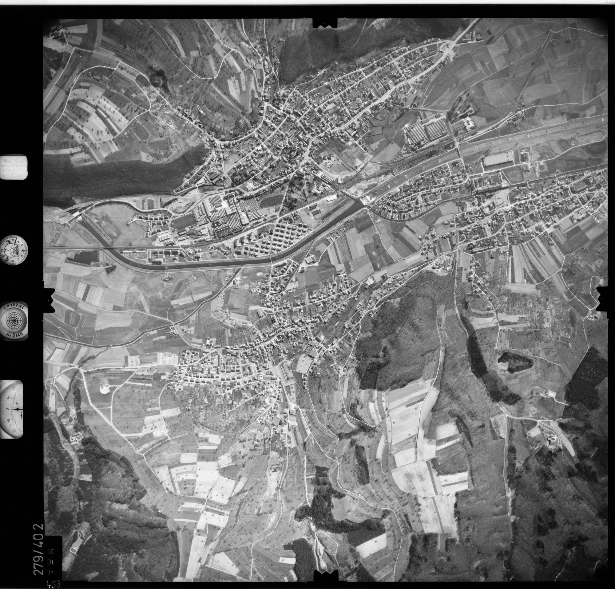 Luftbild: Film 71 Bildnr. 458, Bild 1