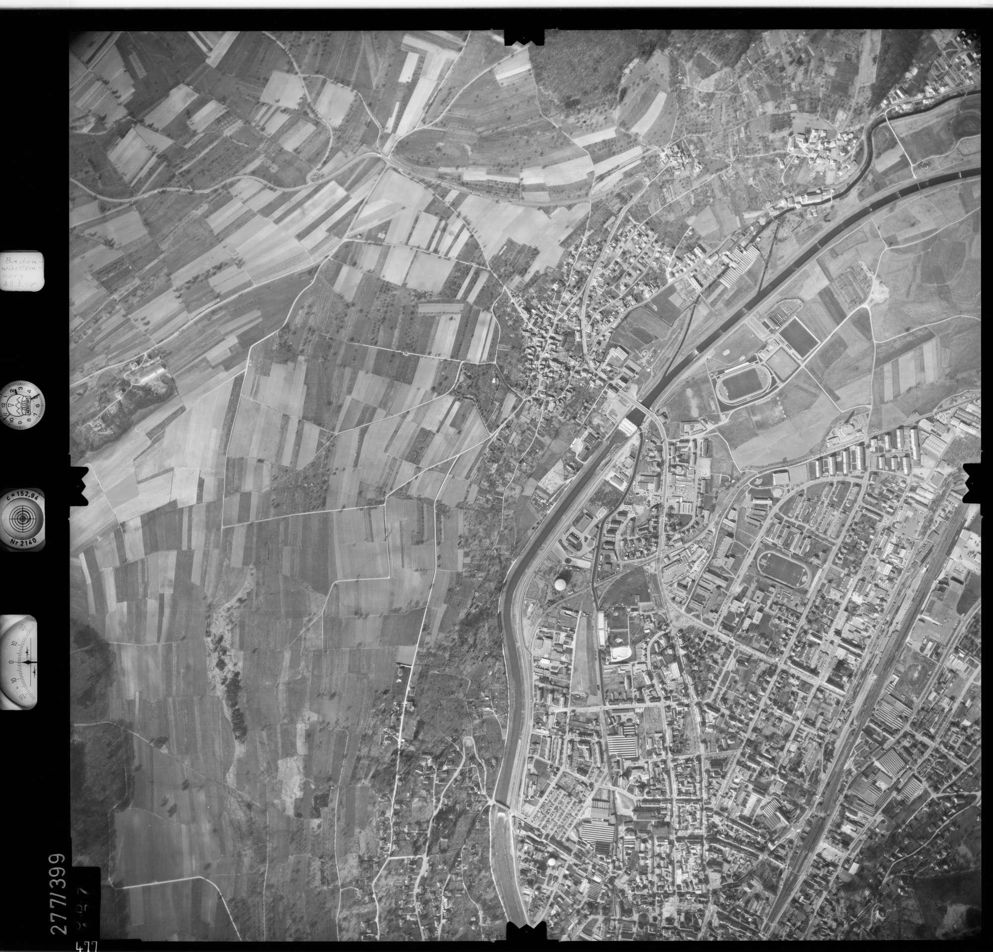 Luftbild: Film 71 Bildnr. 477, Bild 1