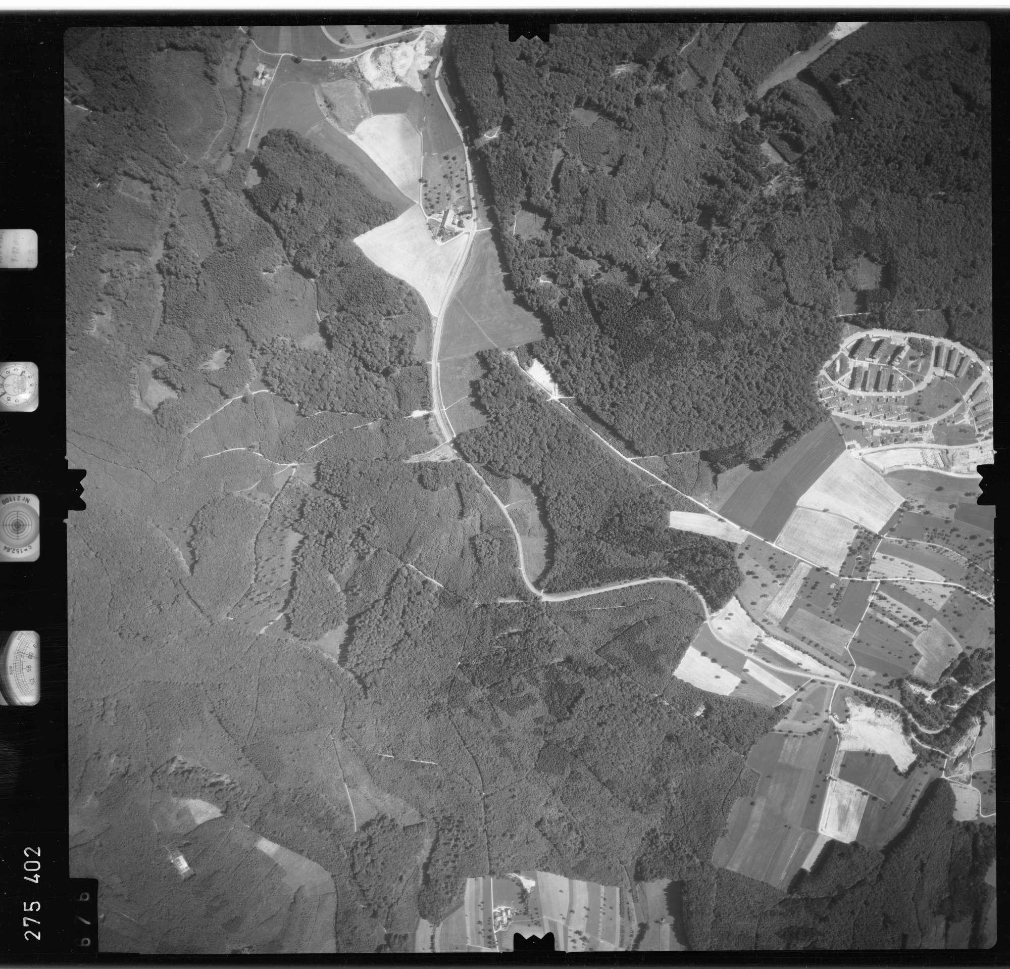 Luftbild: Film 77 Bildnr. 676, Bild 1