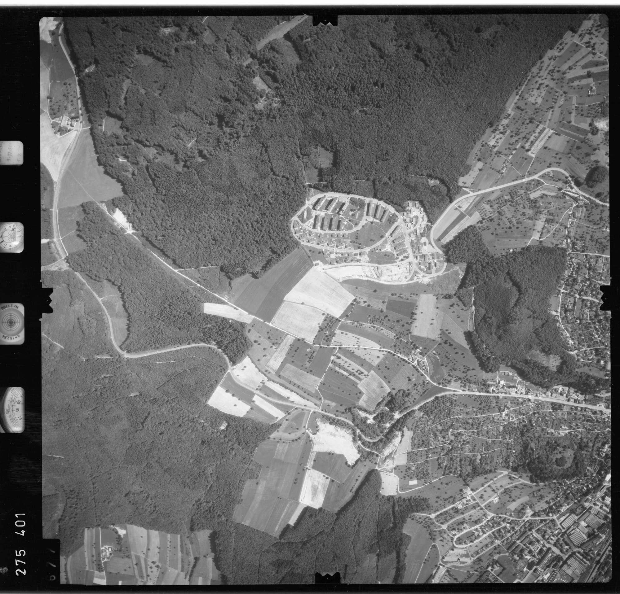 Luftbild: Film 77 Bildnr. 677, Bild 1