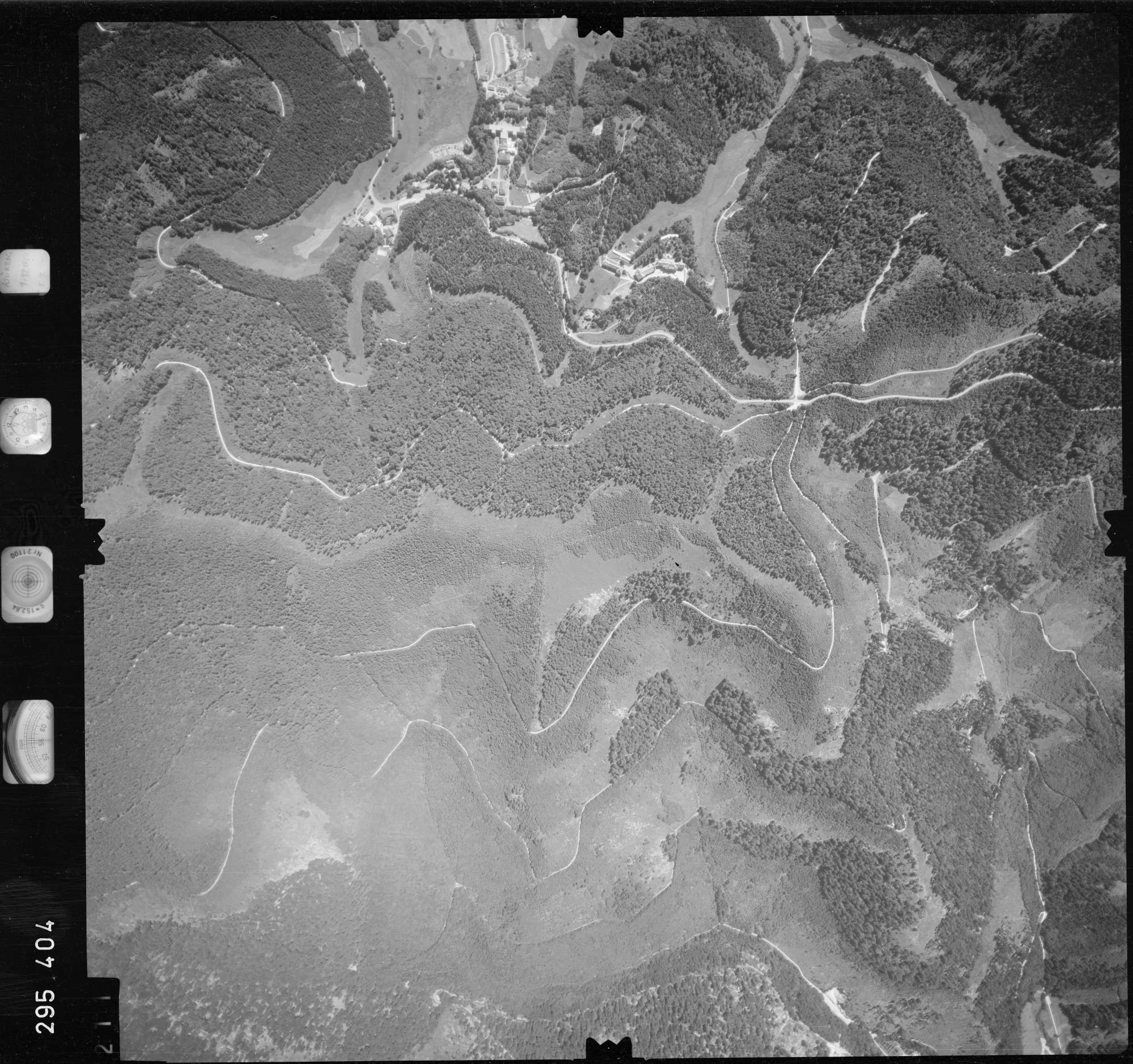 Luftbild: Film 68 Bildnr. 211, Bild 1
