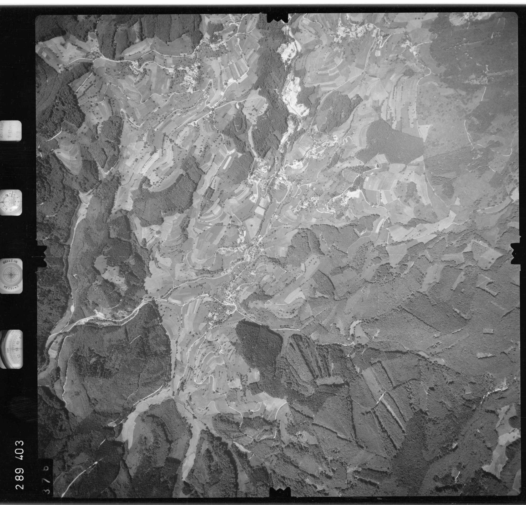 Luftbild: Film 72 Bildnr. 376, Bild 1