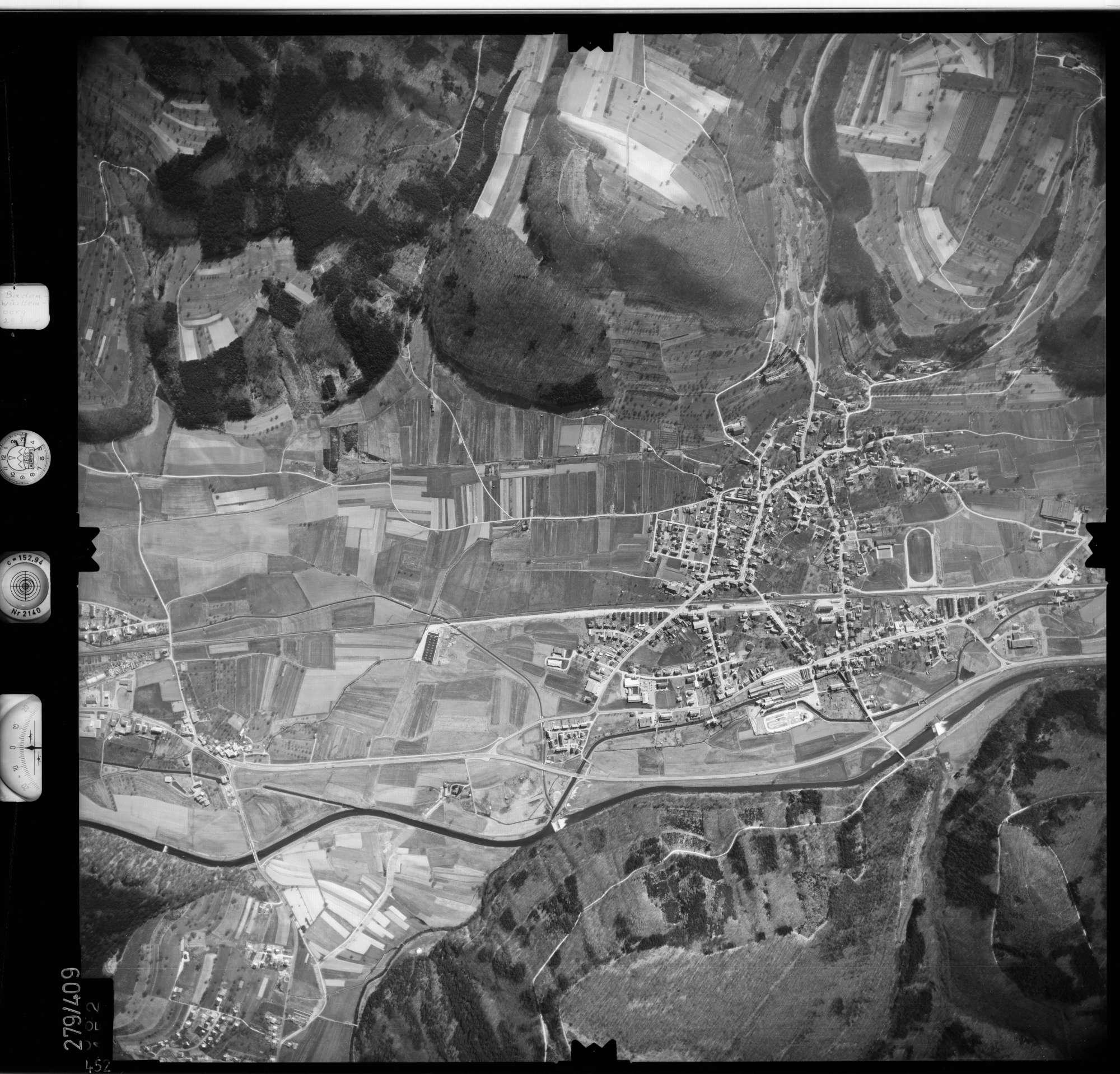 Luftbild: Film 71 Bildnr. 452, Bild 1