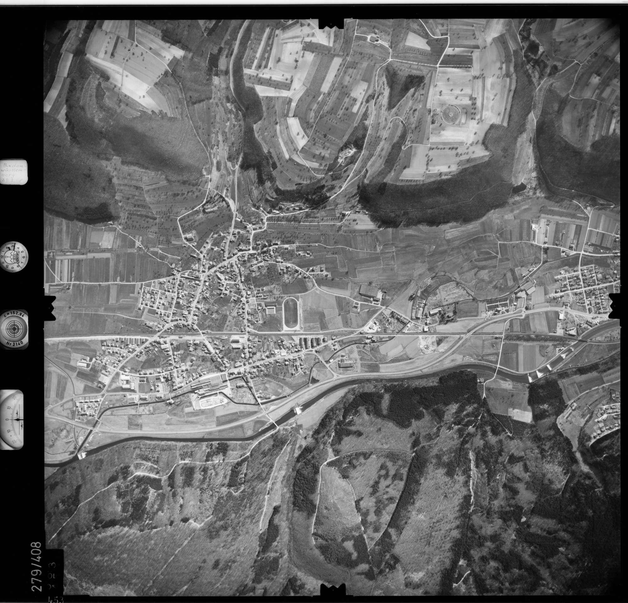 Luftbild: Film 71 Bildnr. 453, Bild 1