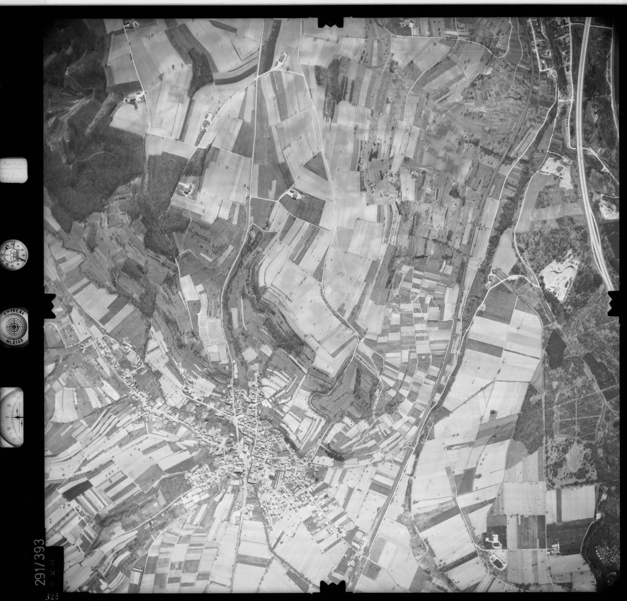 Luftbild: Film 71 Bildnr. 328, Bild 1