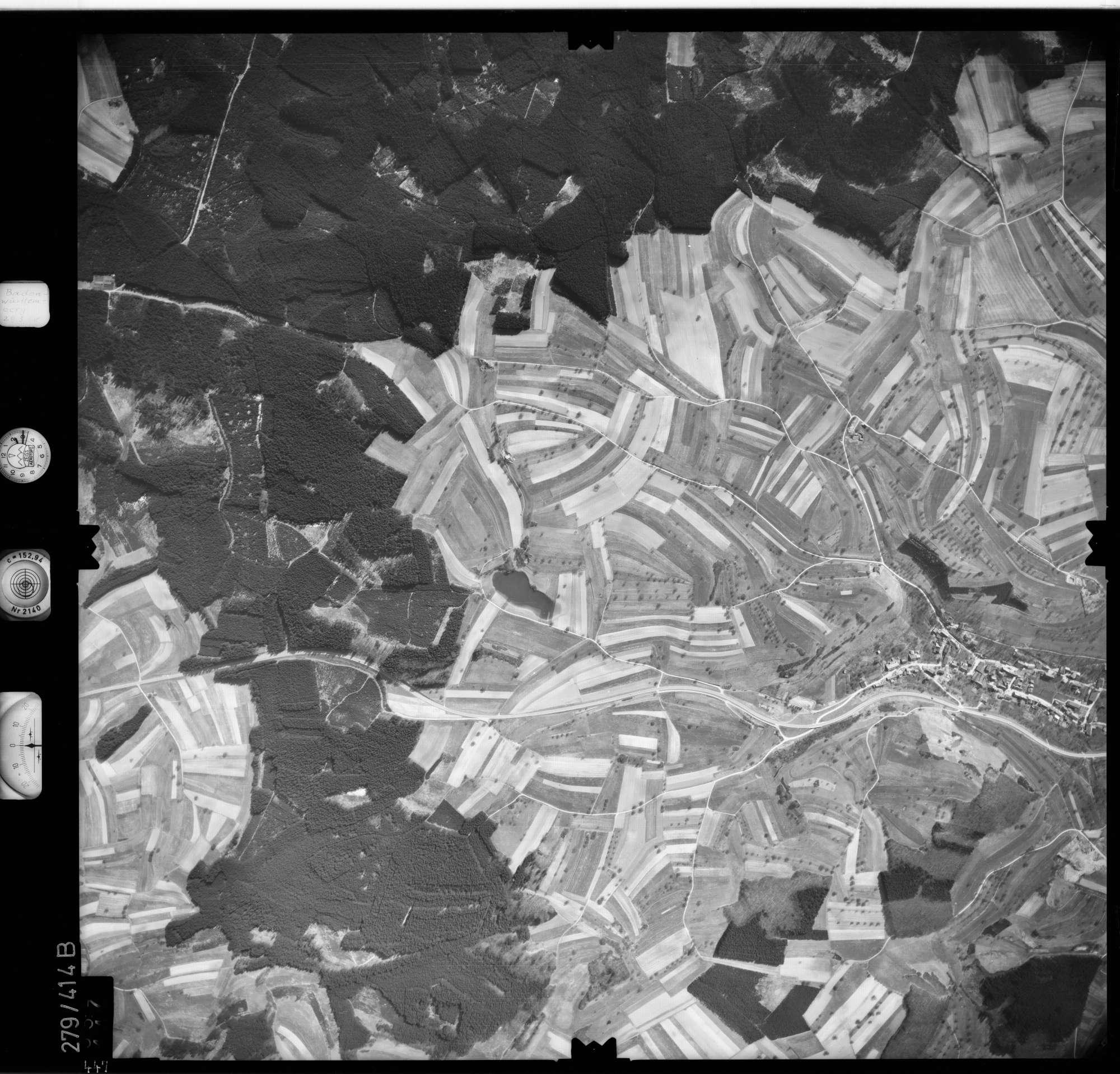 Luftbild: Film 71 Bildnr. 447, Bild 1