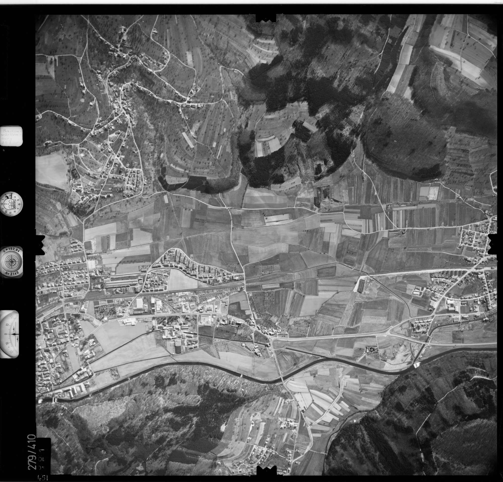 Luftbild: Film 71 Bildnr. 451, Bild 1