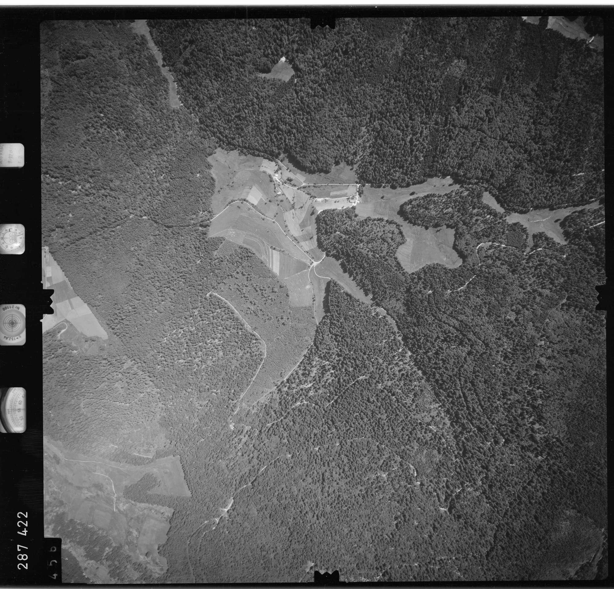 Luftbild: Film 72 Bildnr. 456, Bild 1