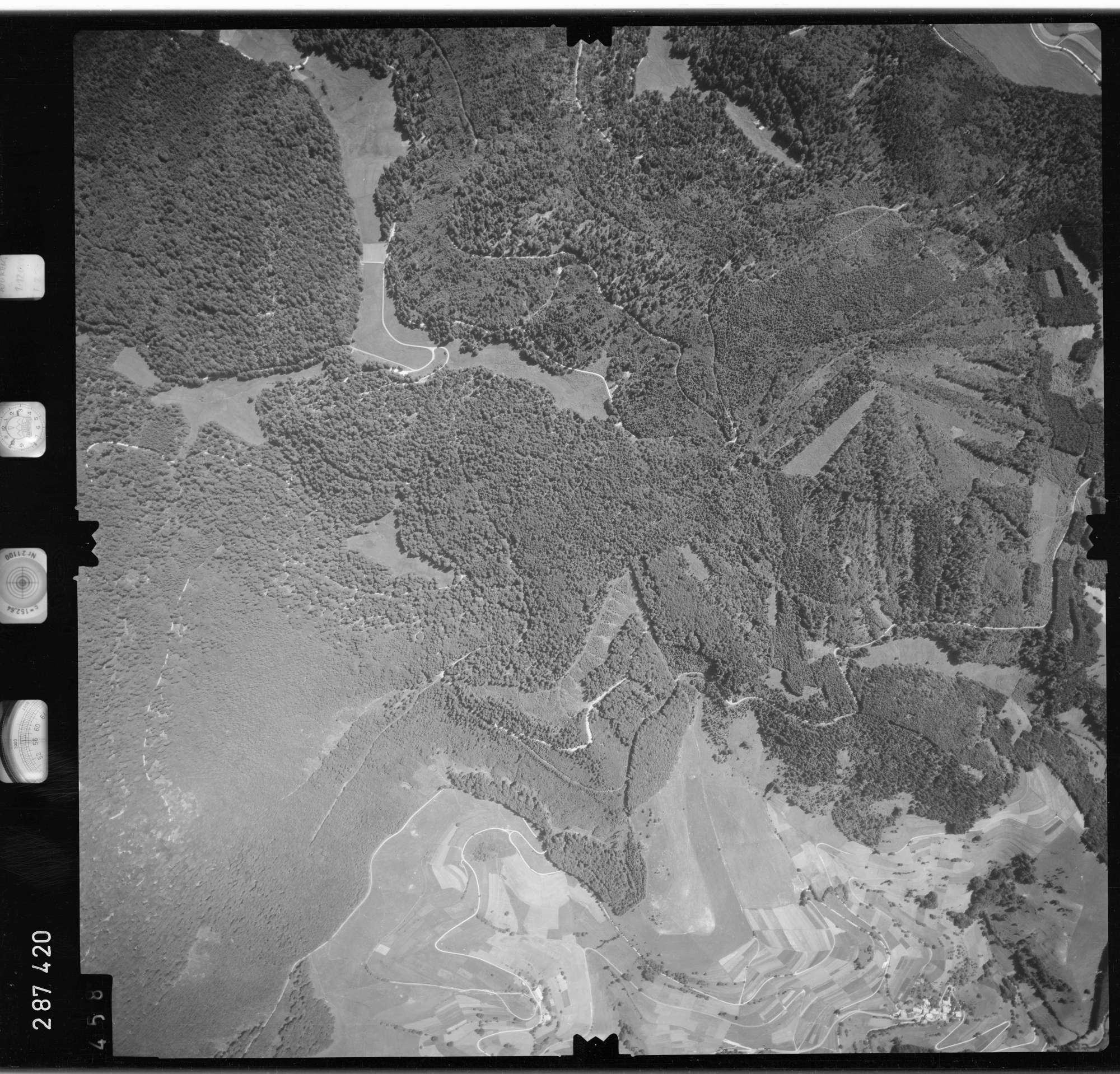 Luftbild: Film 72 Bildnr. 458, Bild 1
