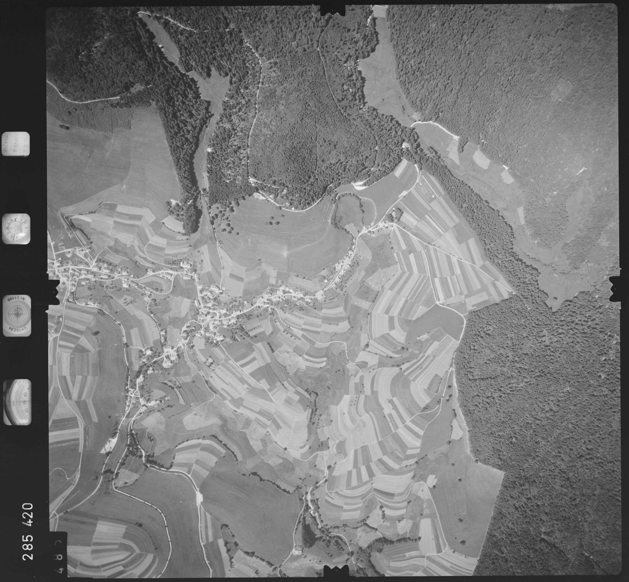 Luftbild: Film 72 Bildnr. 485, Bild 1
