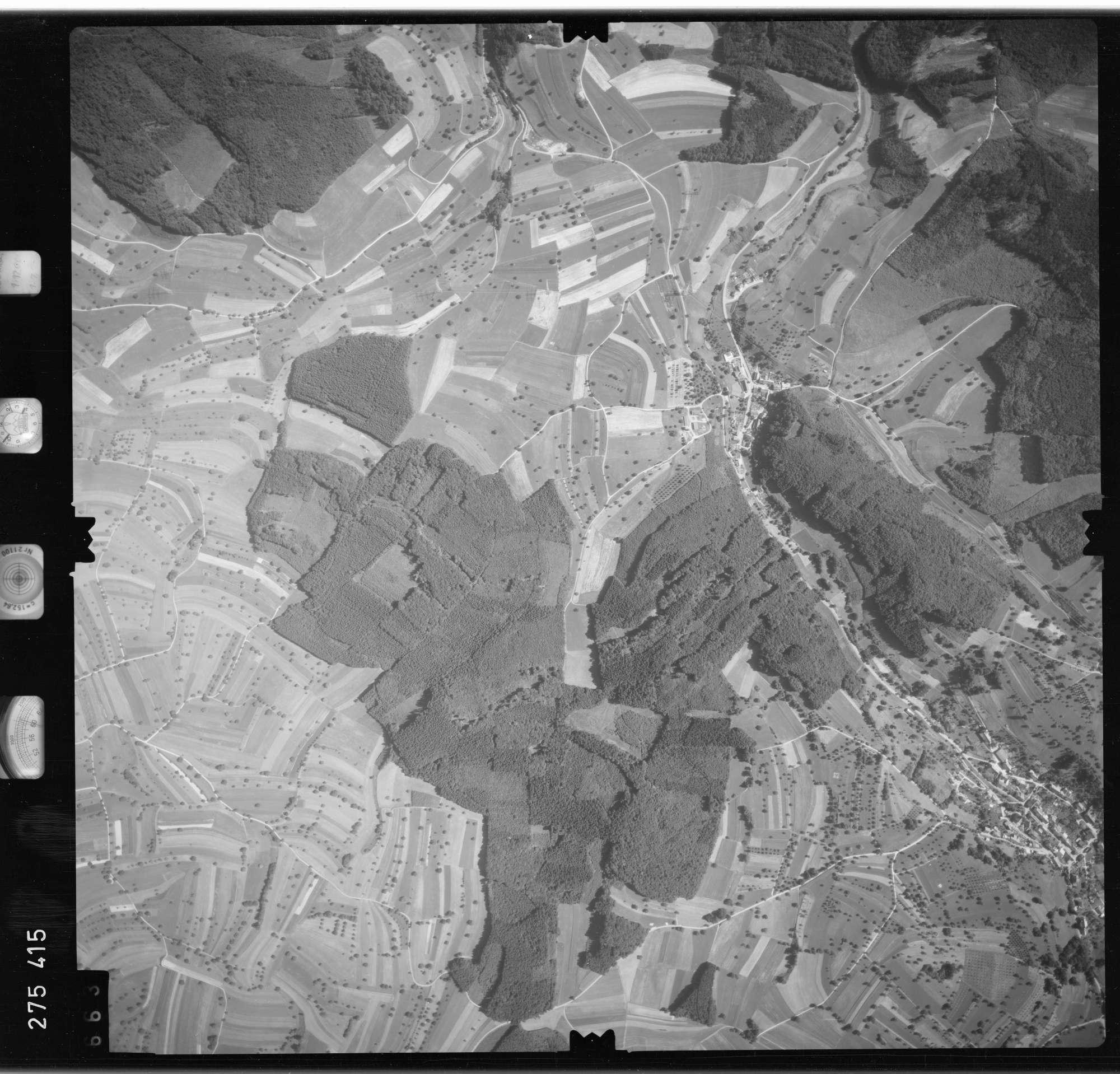 Luftbild: Film 77 Bildnr. 663, Bild 1