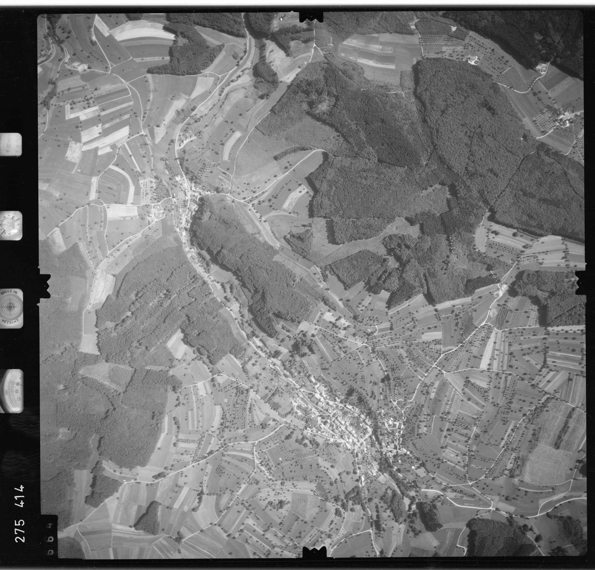 Luftbild: Film 77 Bildnr. 664, Bild 1