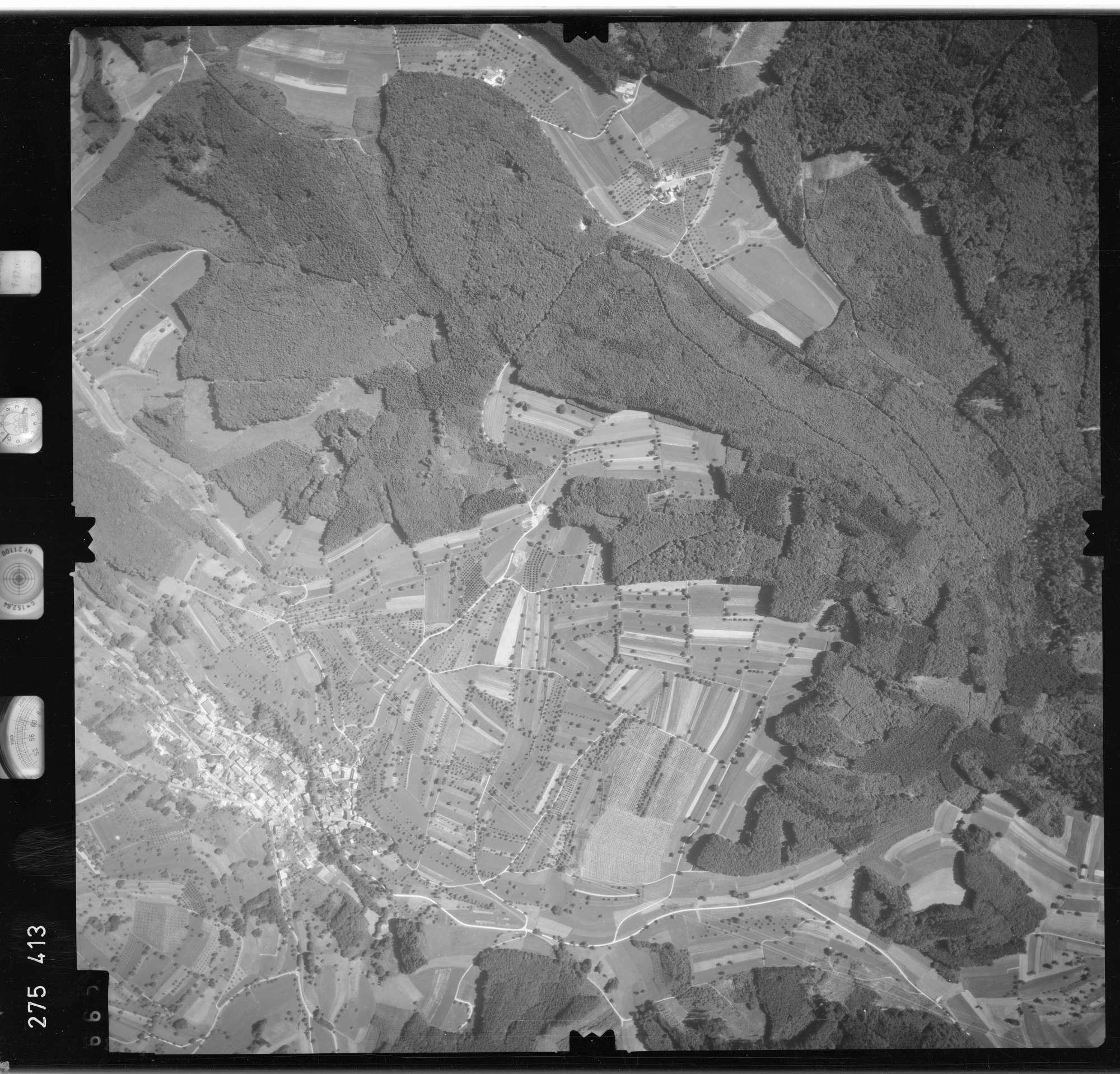 Luftbild: Film 77 Bildnr. 665, Bild 1