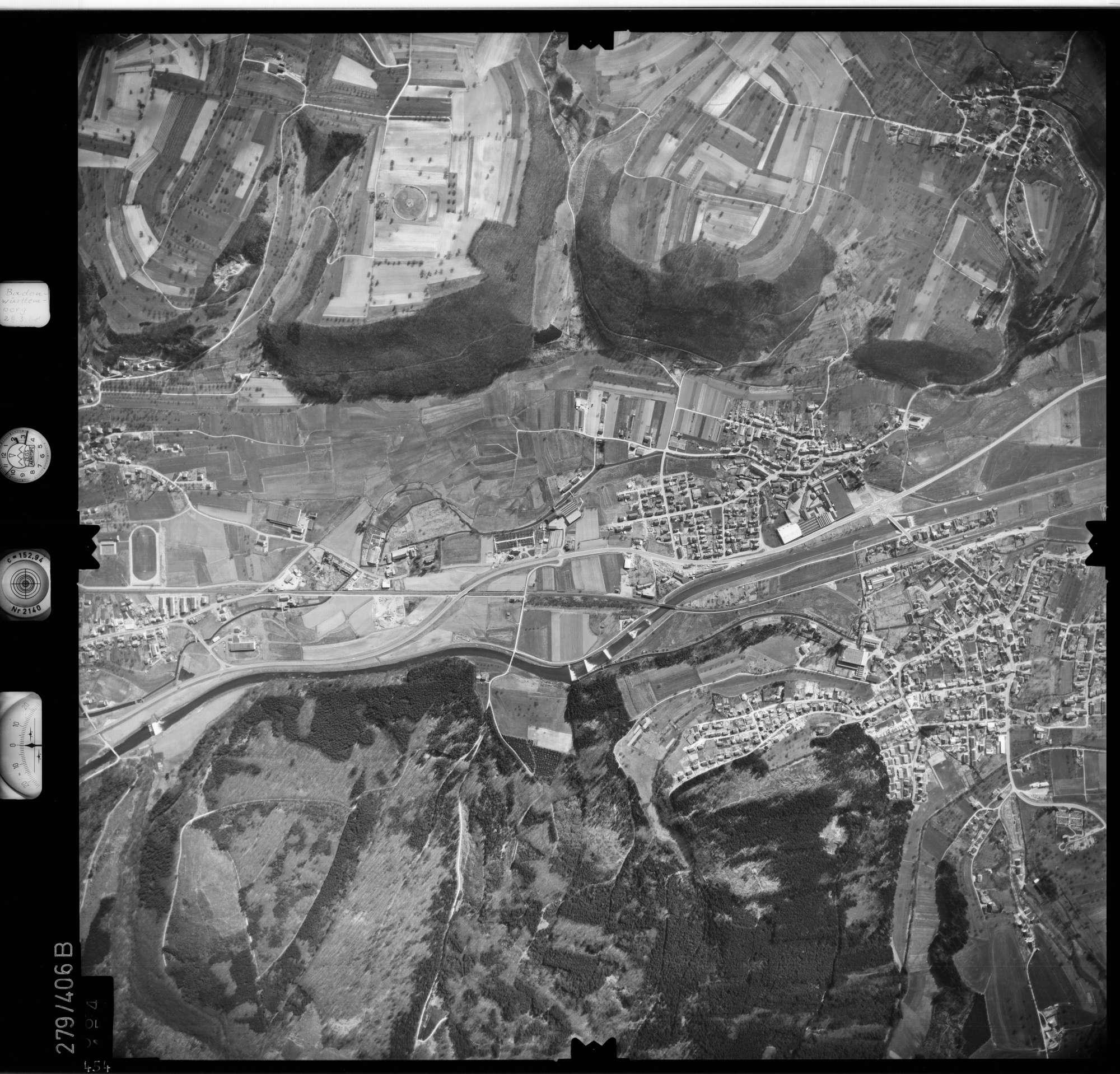 Luftbild: Film 71 Bildnr. 454, Bild 1