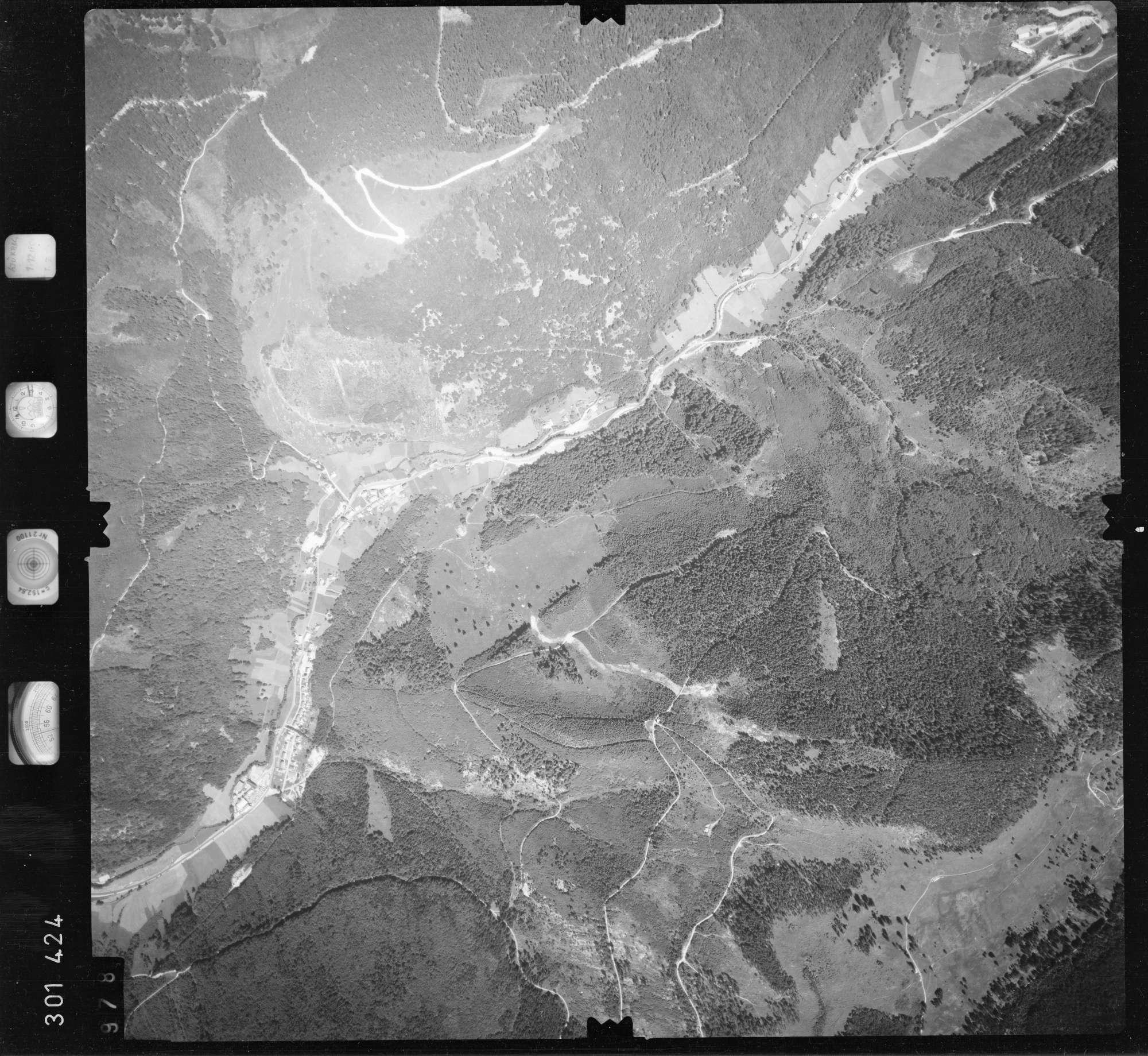Luftbild: Film 55 Bildnr. 978, Bild 1