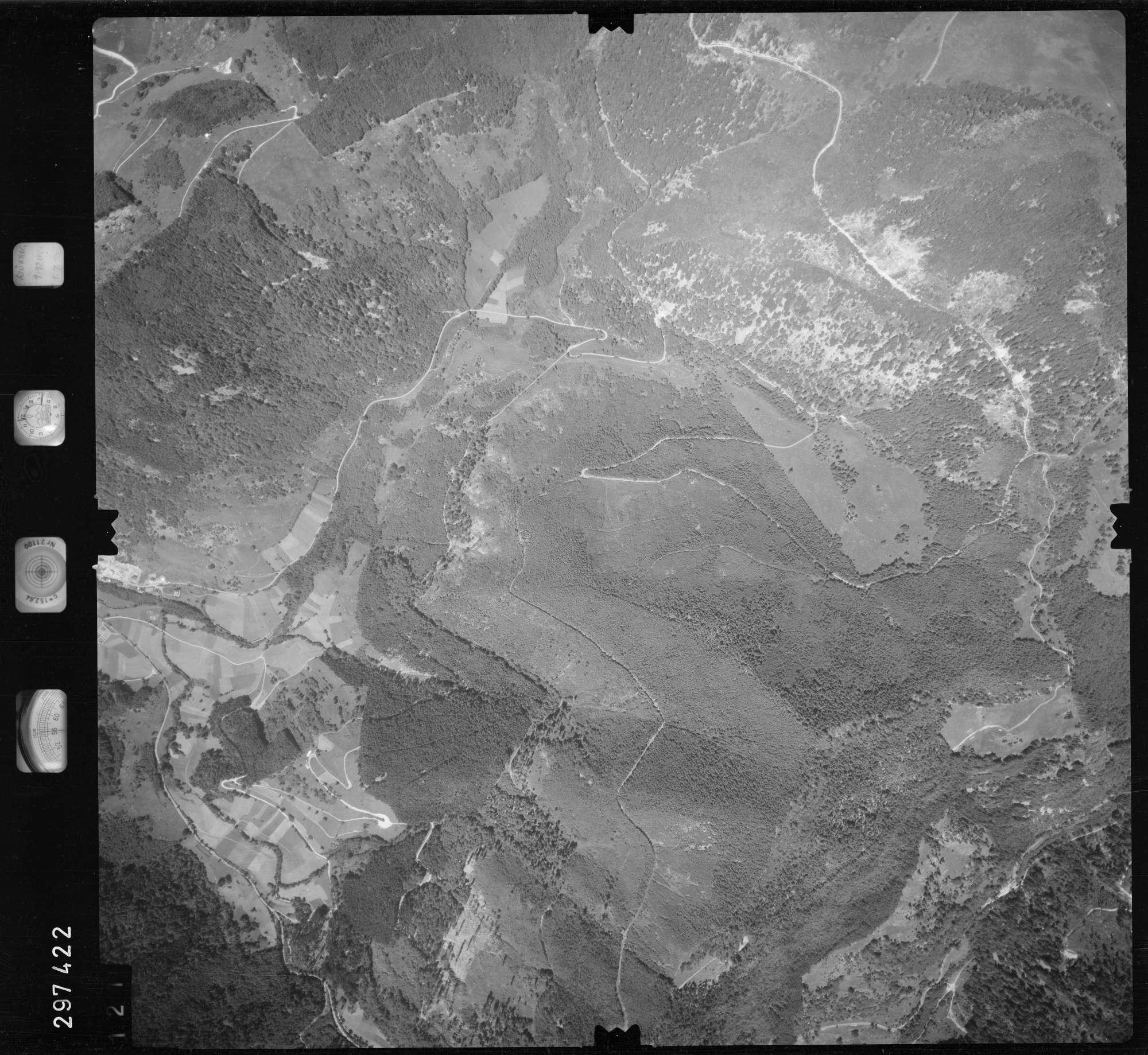Luftbild: Film 68 Bildnr. 121, Bild 1