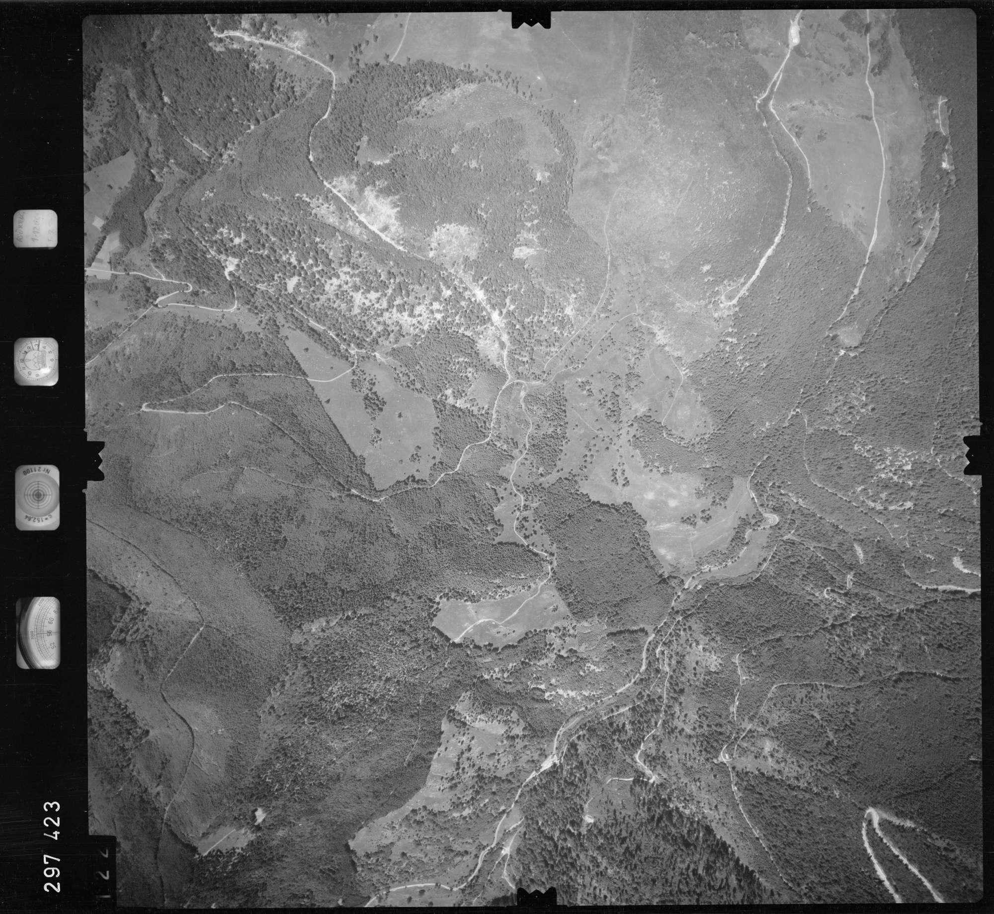 Luftbild: Film 68 Bildnr. 122, Bild 1