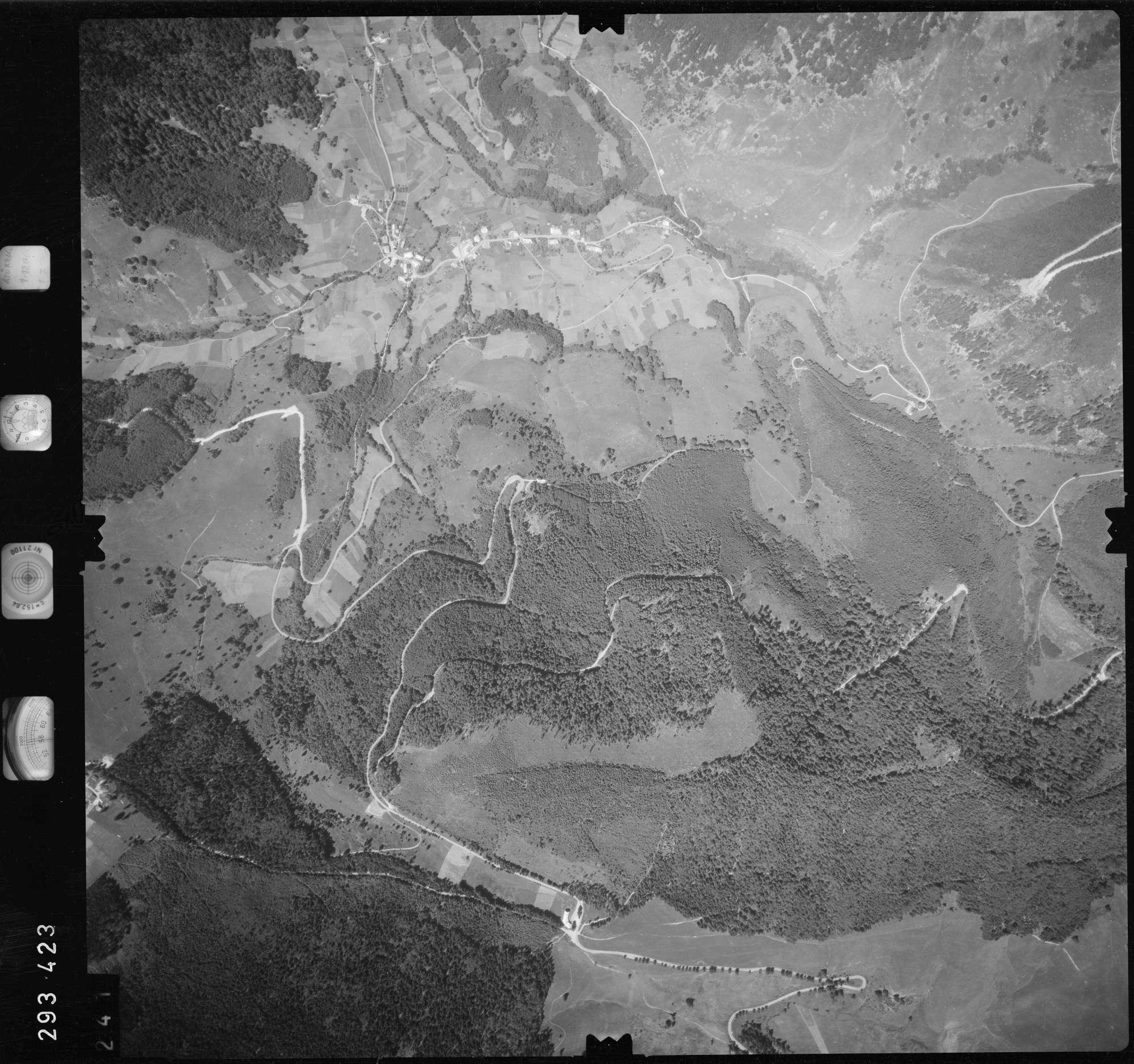 Luftbild: Film 68 Bildnr. 241, Bild 1
