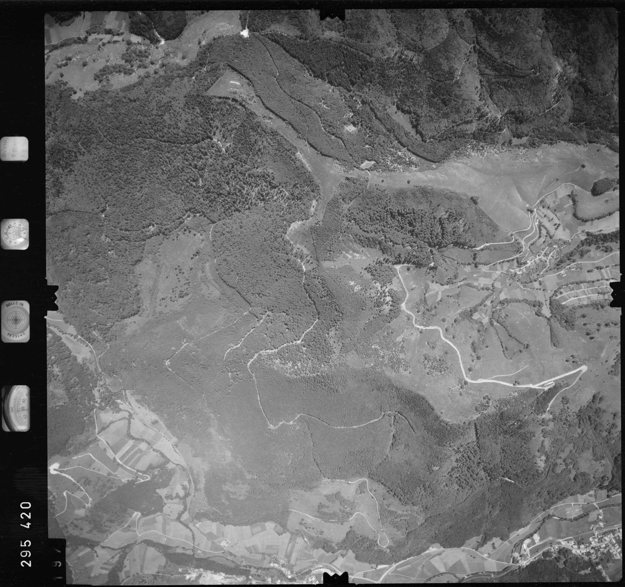 Luftbild: Film 68 Bildnr. 197, Bild 1