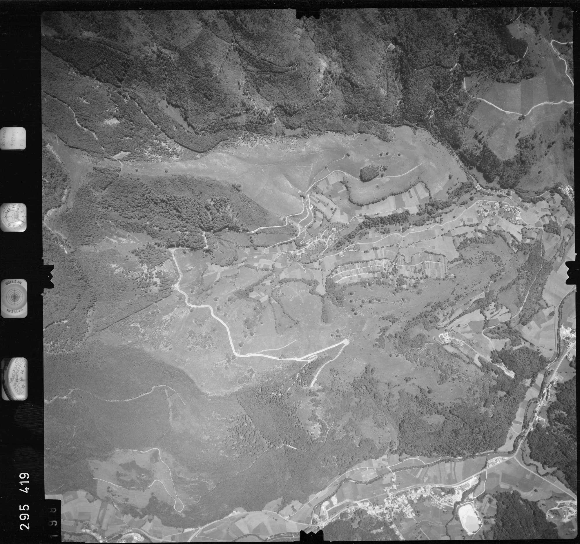 Luftbild: Film 68 Bildnr. 198, Bild 1
