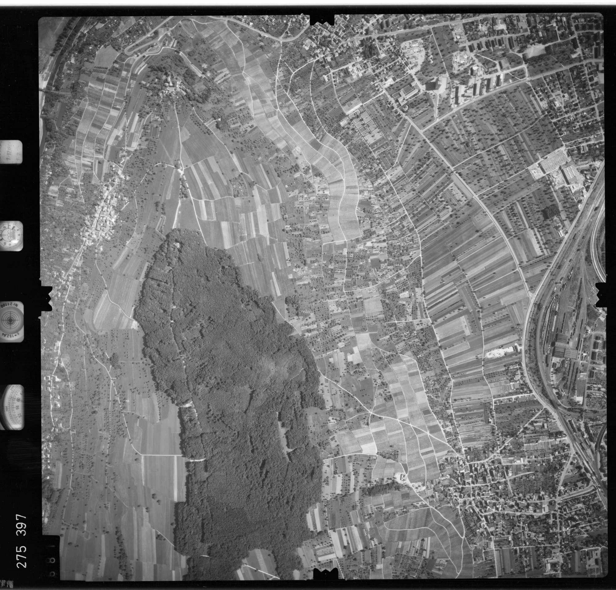 Luftbild: Film 77 Bildnr. 681, Bild 1