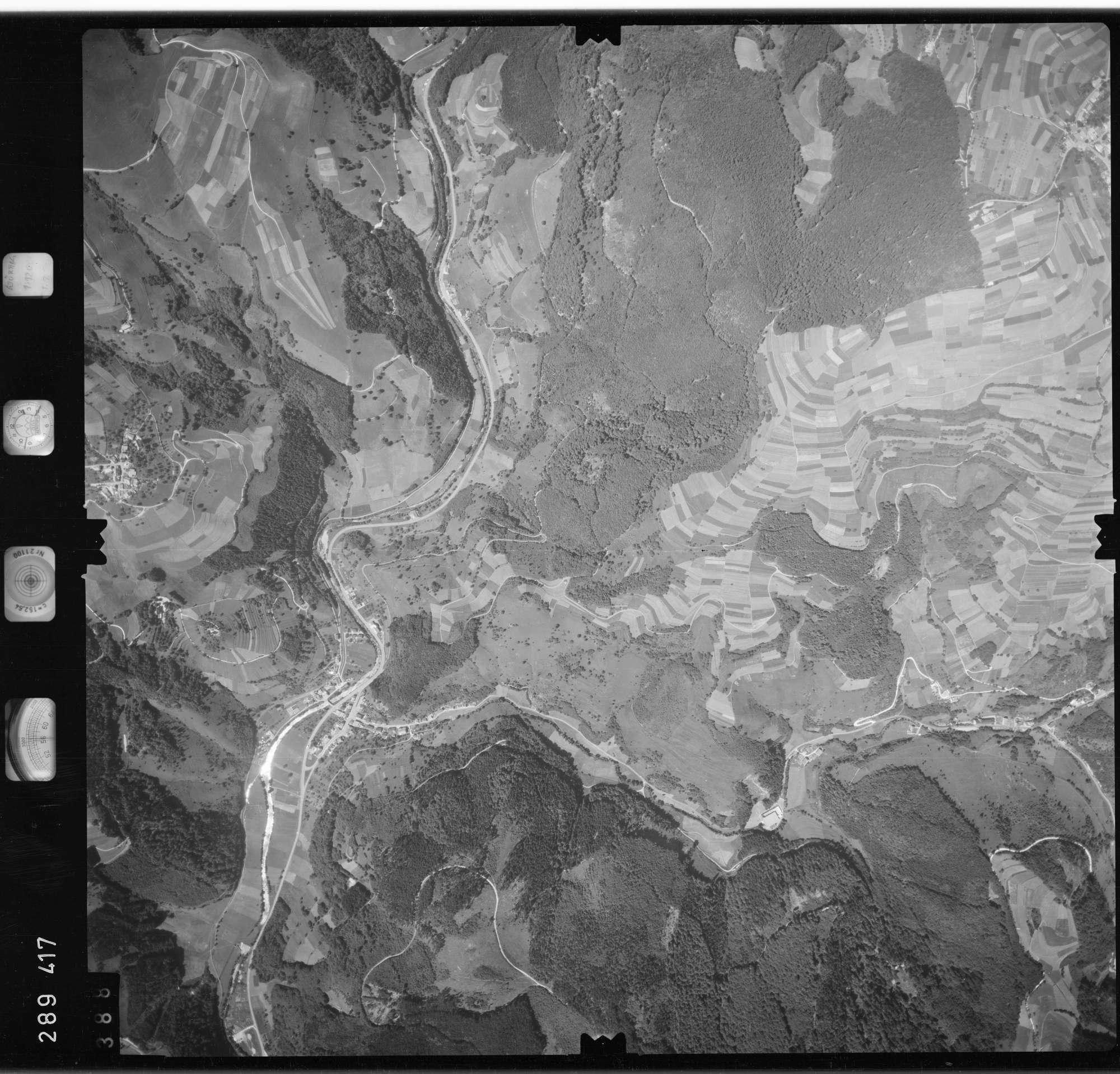 Luftbild: Film 72 Bildnr. 388, Bild 1