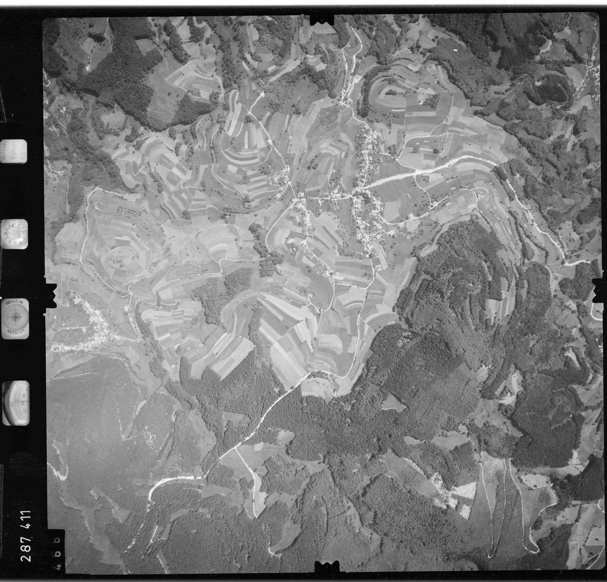 Luftbild: Film 72 Bildnr. 466, Bild 1