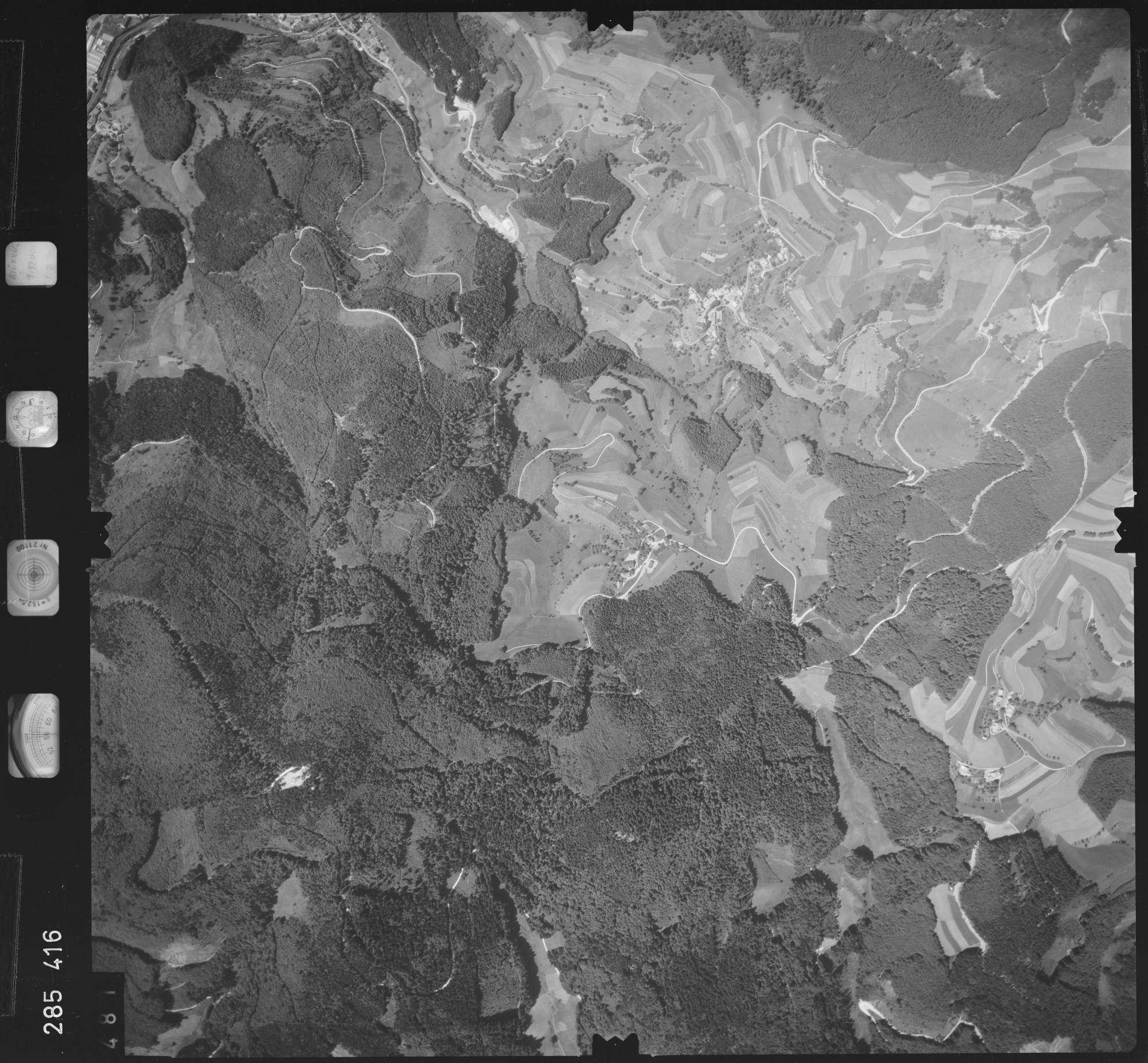 Luftbild: Film 72 Bildnr. 481, Bild 1