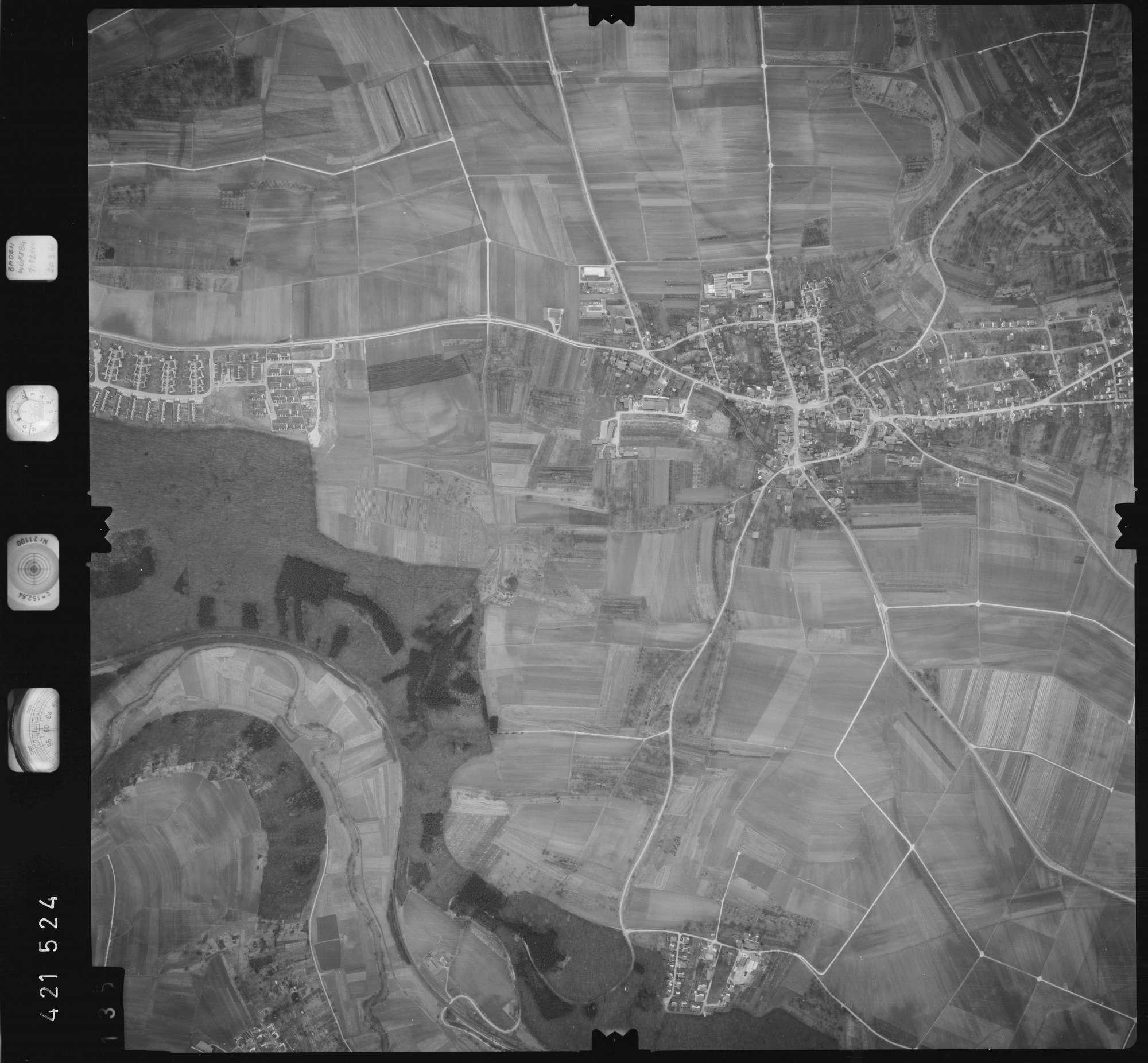 Luftbild: Film 1 Bildnr. 135, Bild 1