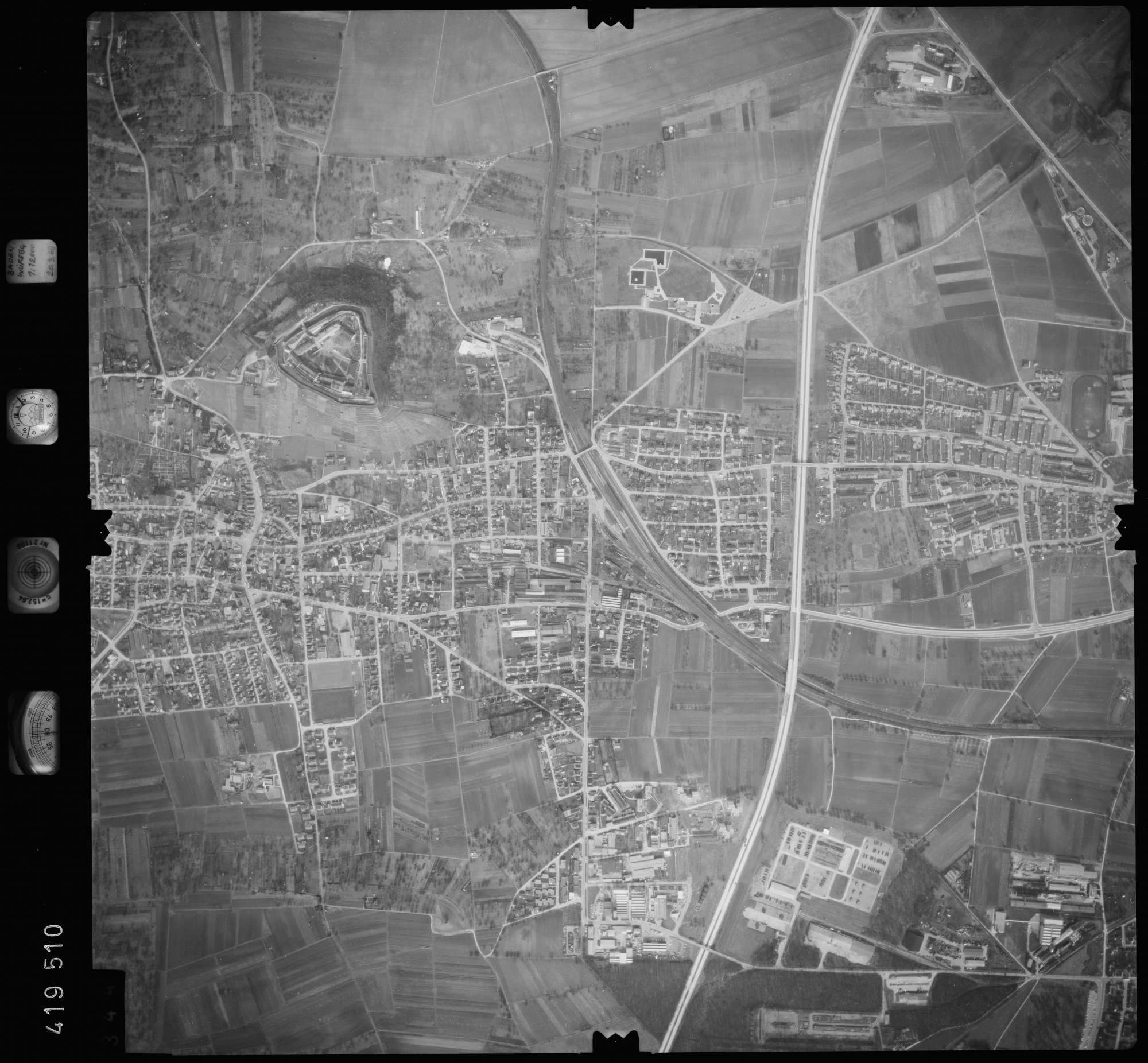 Luftbild: Film 2 Bildnr. 344, Bild 1
