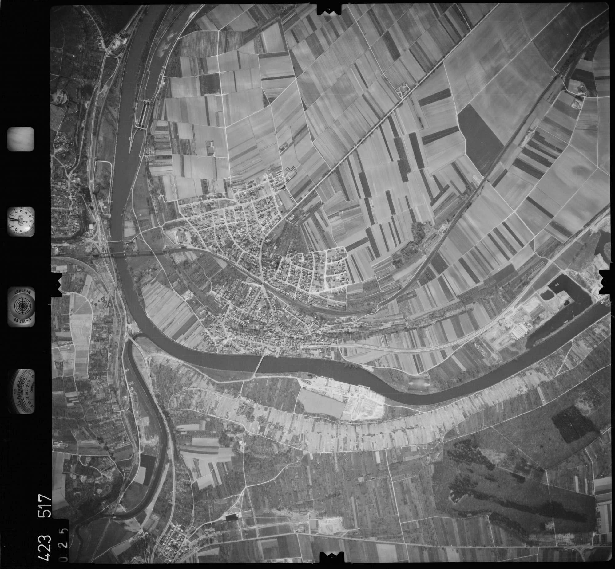 Luftbild: Film 1 Bildnr. 25, Bild 1