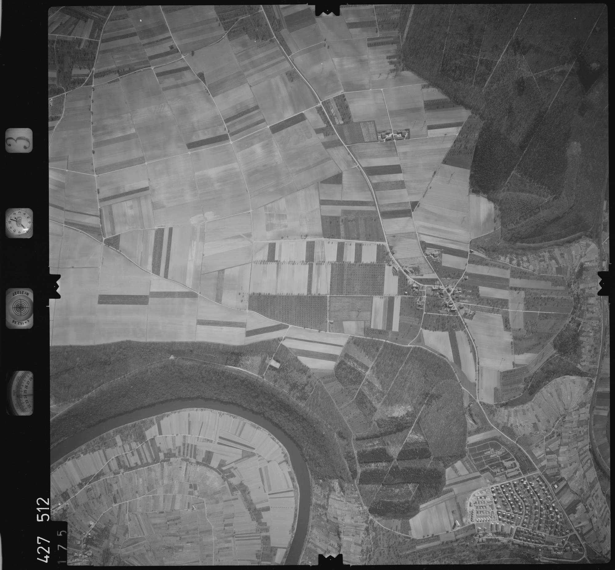 Luftbild: Film 3 Bildnr. 175, Bild 1