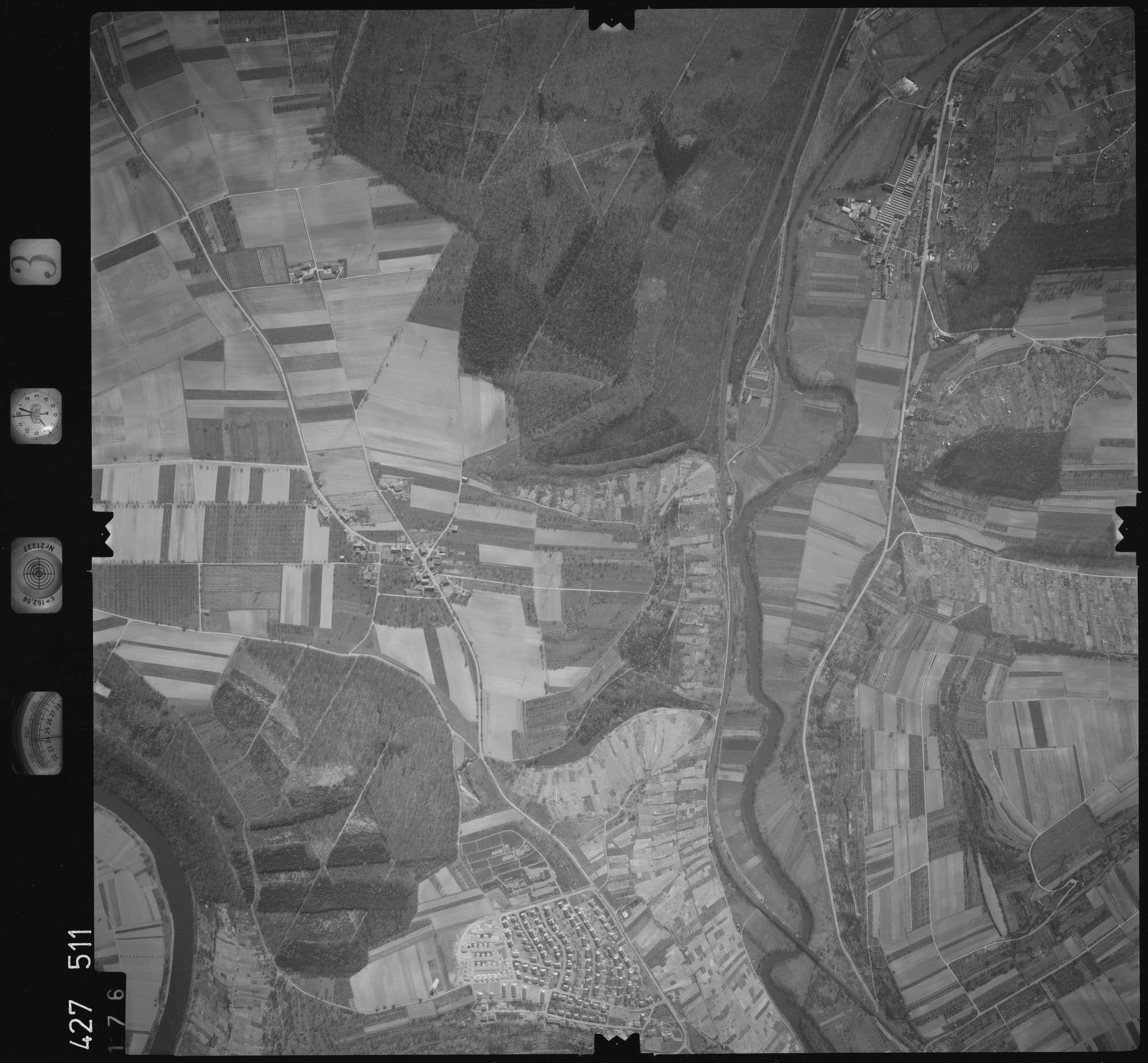 Luftbild: Film 3 Bildnr. 176, Bild 1