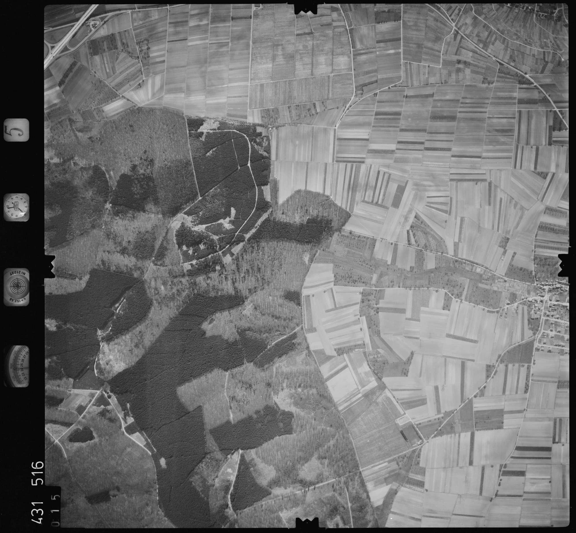 Luftbild: Film 5 Bildnr. 15, Bild 1