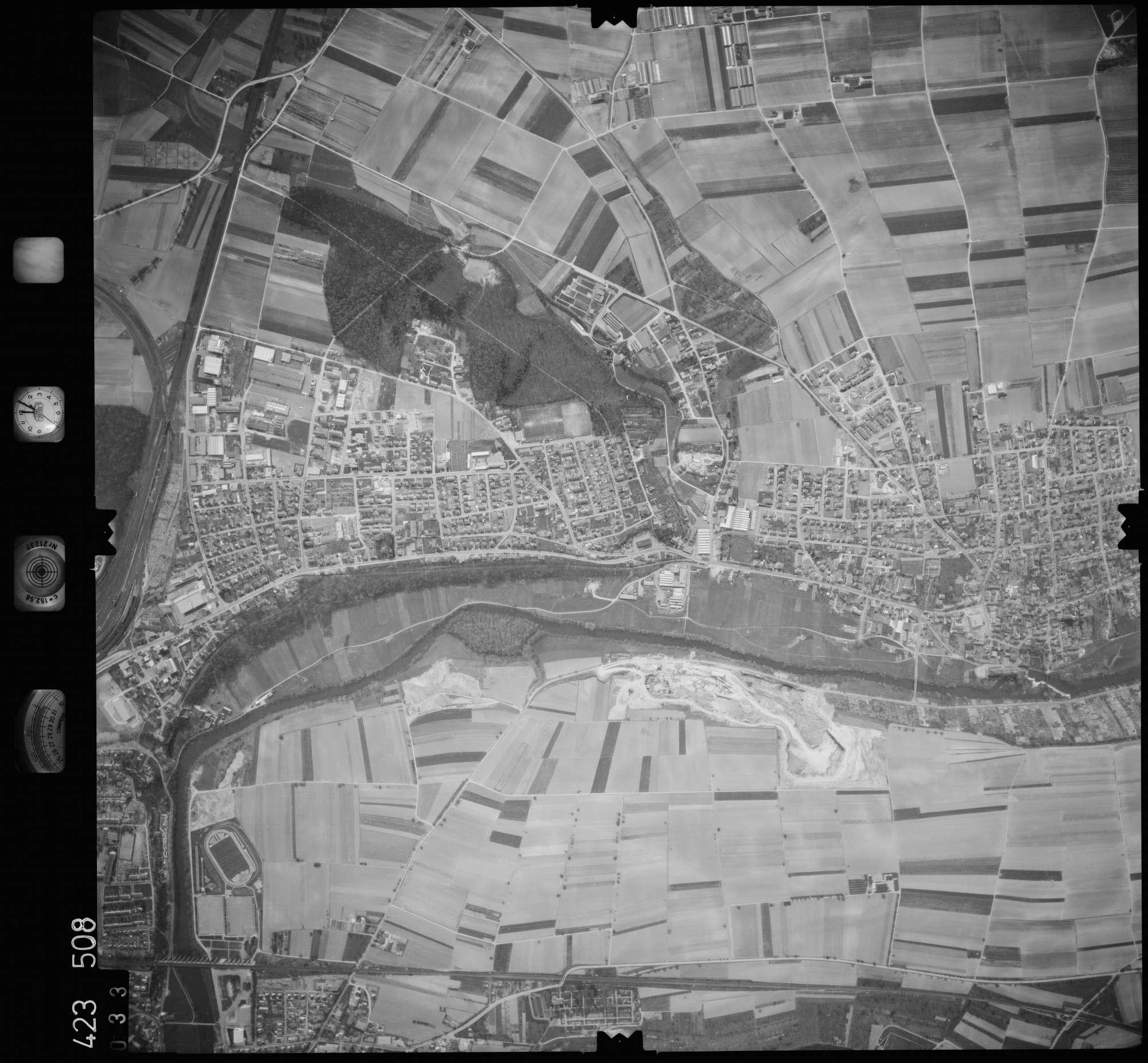 Luftbild: Film 1 Bildnr. 33, Bild 1