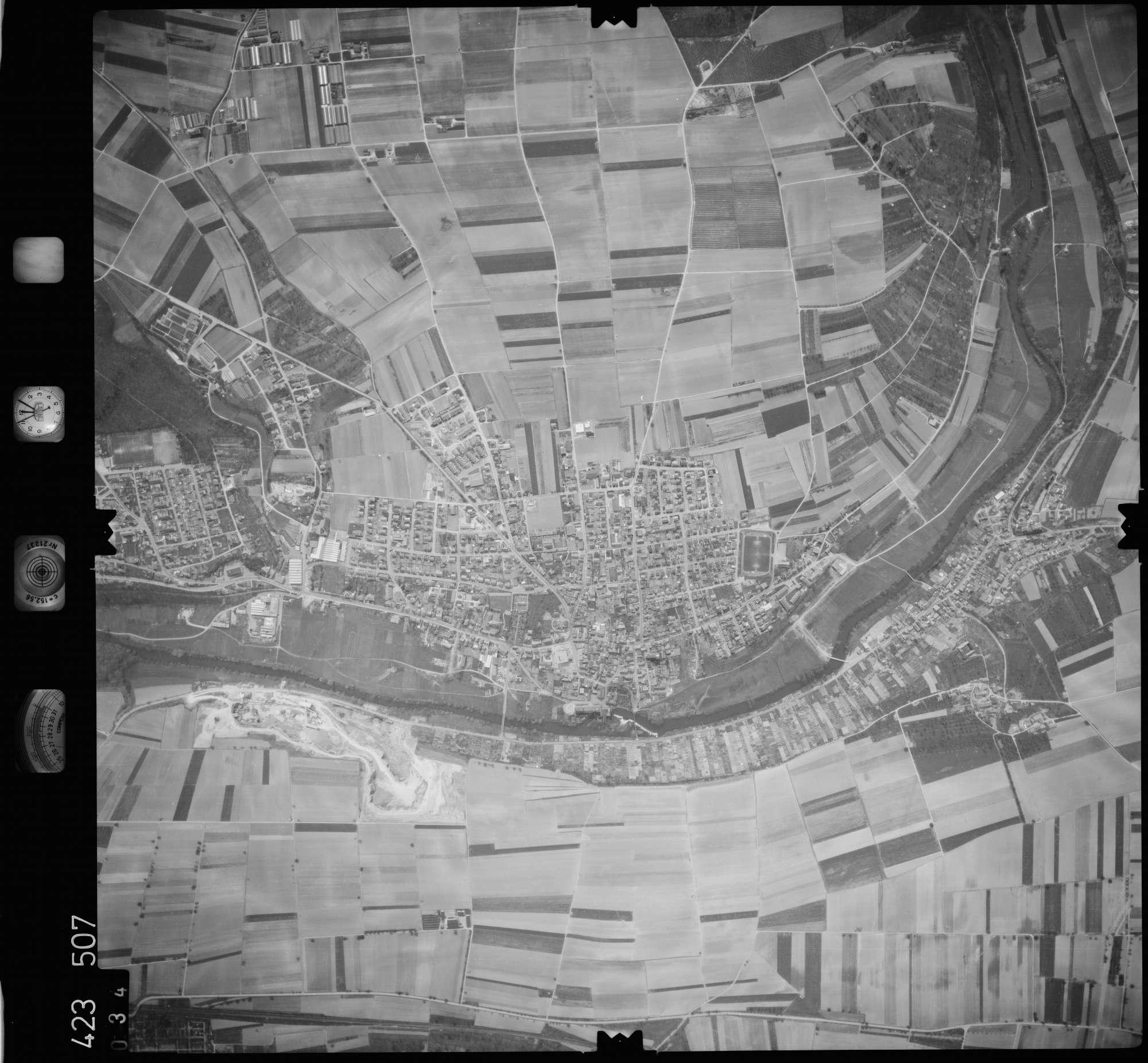 Luftbild: Film 1 Bildnr. 34, Bild 1